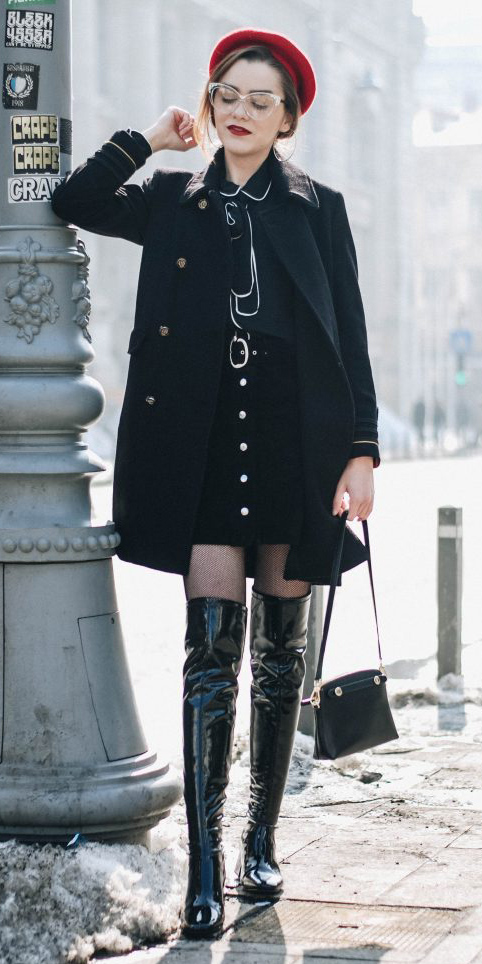 how-to-style-black-mini-skirt-red-beret-hat-hairr-black-top-blouse-black-jacket-coat-black-tights-black-bag-black-shoe-boots-otk-fall-winter-fashion-lunch.jpg