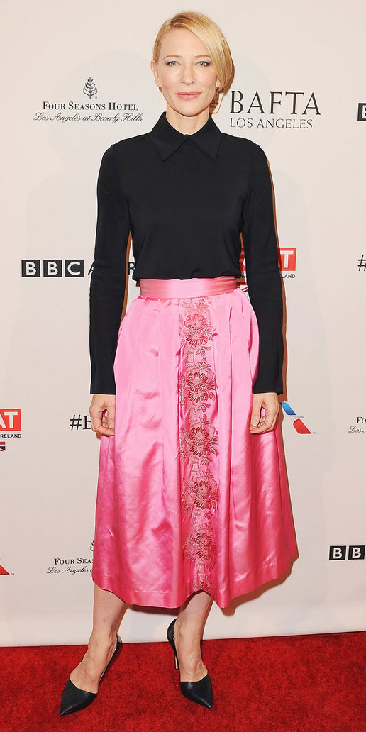 how-to-style-pink-magenta-midi-skirt-black-top-blouse-blonde-black-shoe-pumps-silk-fall-winter-fashion-dinner.jpg