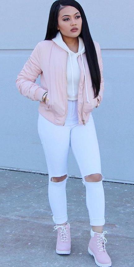 white-skinny-jeans-pink-shoe-booties-white-sweater-sweatshirt-pink-light-jacket-bomber-fall-winter-brun-weekend.jpg