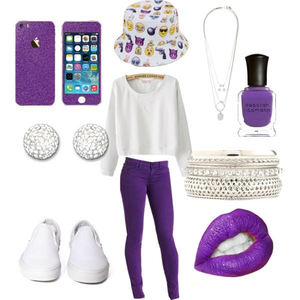 purple-royal-skinny-jeans-white-sweater-sweatshirt-studs-white-shoe-sneakers-bracelet-necklace-hat-bucket-nail-emoji-howtowear-fashion-style-outfit-spring-summer-weekend.jpg