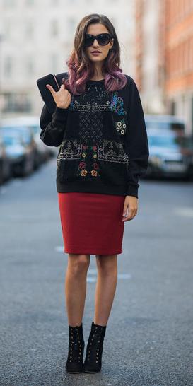red-pencil-skirt-black-sweater-sweatshirt-hairr-sun-black-shoe-booties-fall-winter-lunch.jpg