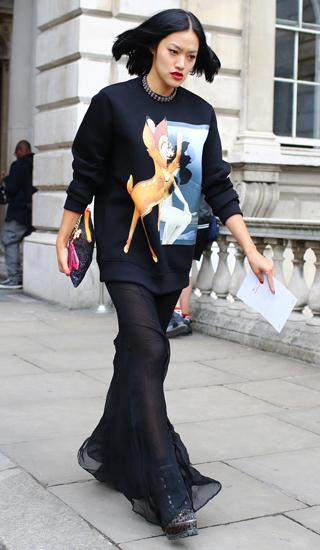 black-maxi-skirt-sheer-mono-black-sweater-sweatshirt-graphic-brun-lob-fall-winter-lunch.jpg