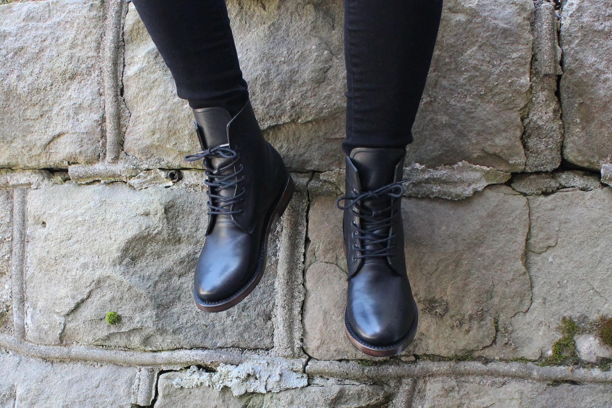 feet-mendelle-01.jpg