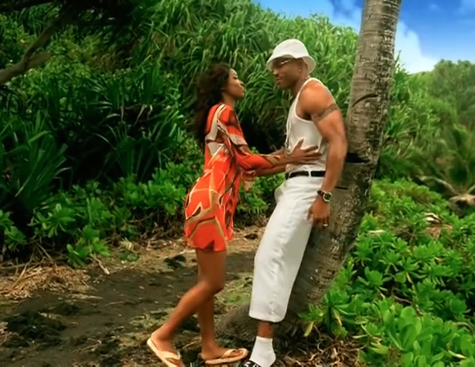 Color Inspo | Paradise by LL Cool J + Amerie - I loved Gabrielle union's vibe in the video and wanted to create a similar look! this song brings back so many memories, I think I was in middle school when it came out! I thought LL was so cool back then and I had the biggest crush lol