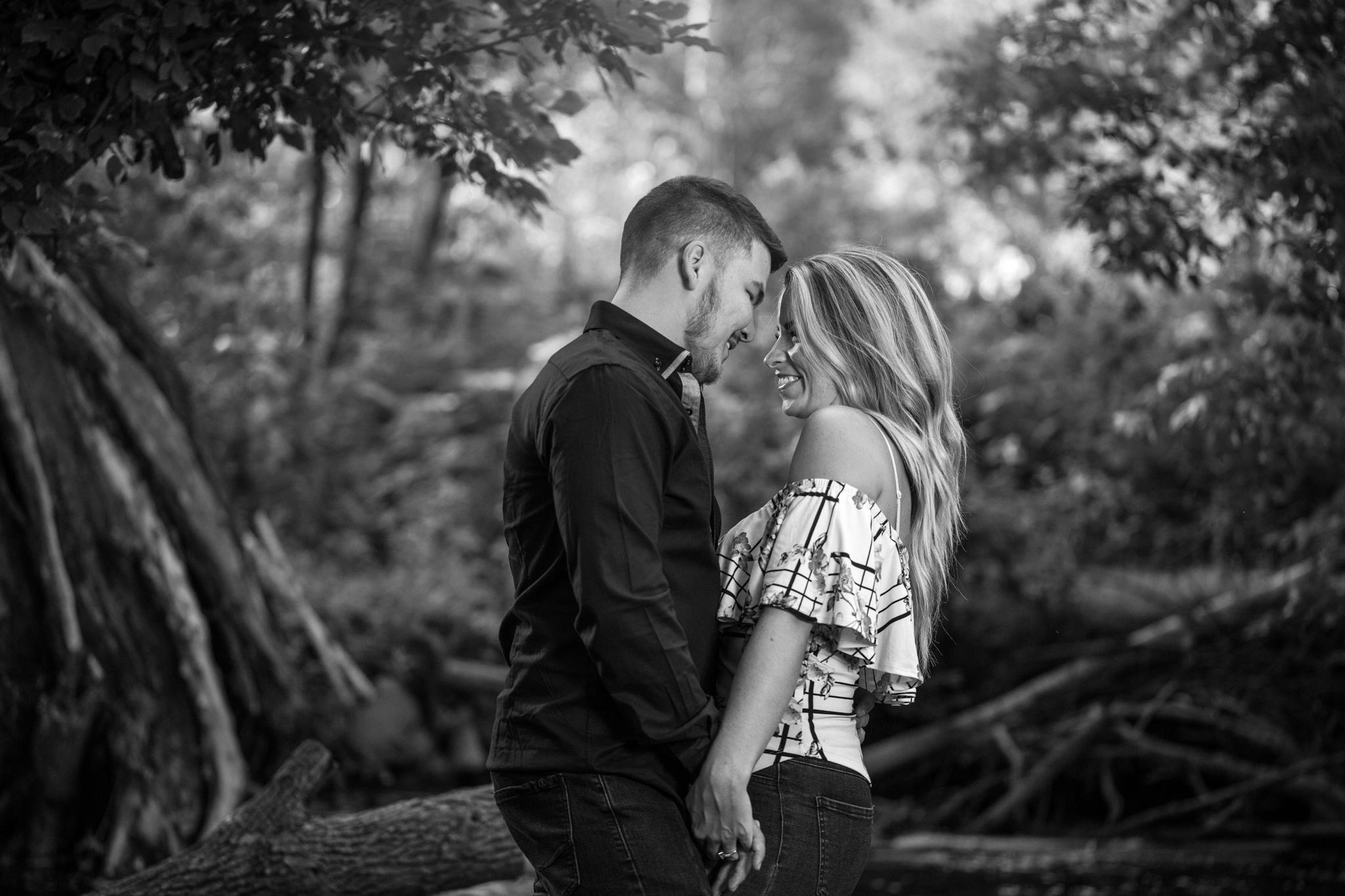 Engagement // Lori-Anne Crewe // Cast & Crewe Photography // Ayr // Ontario