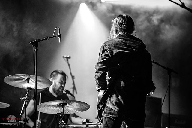 Tampere, are you ready? Today's showtime is 23.00. See you in a couple of hours! Photo by @vaimhull #keepitwheel #tampere #lostinmusic #greybeard