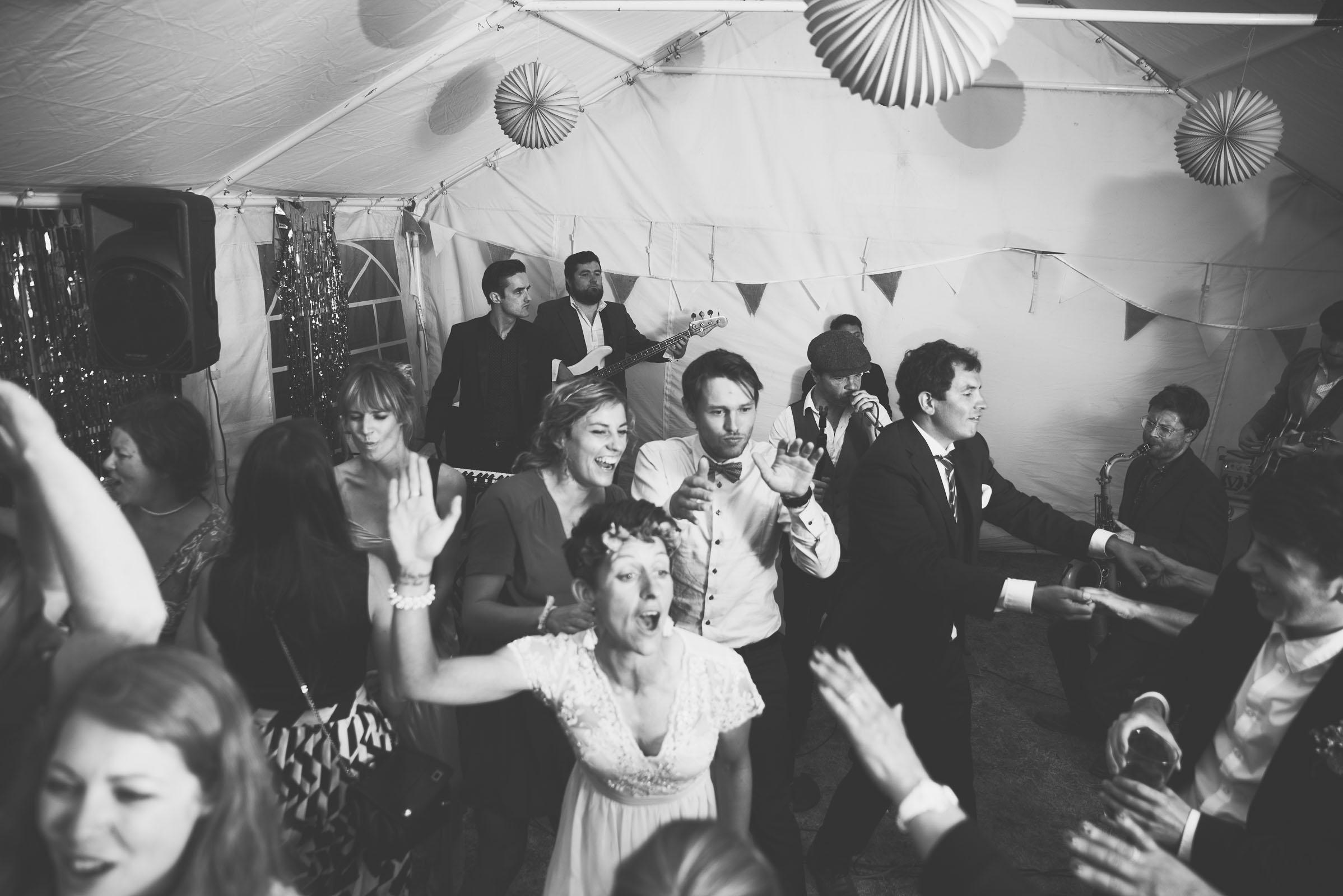 Hitchin_wedding_St_Pauls_Waldenbury_Royston_Wedding_Photographer-64.jpg