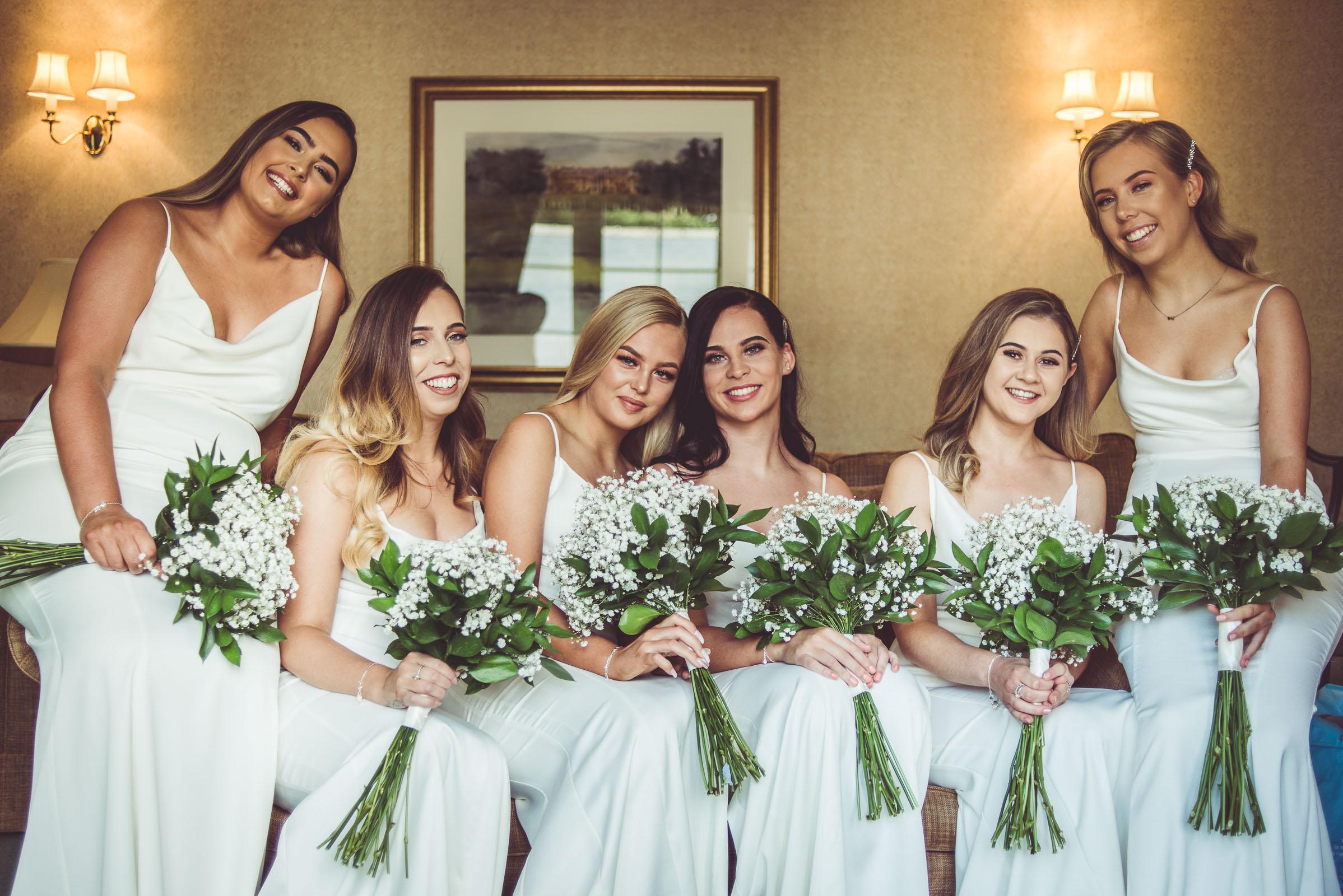Lutonhoo-wedding-Bedfordshire-Datchworth-Tewinburyfarm-12.jpg