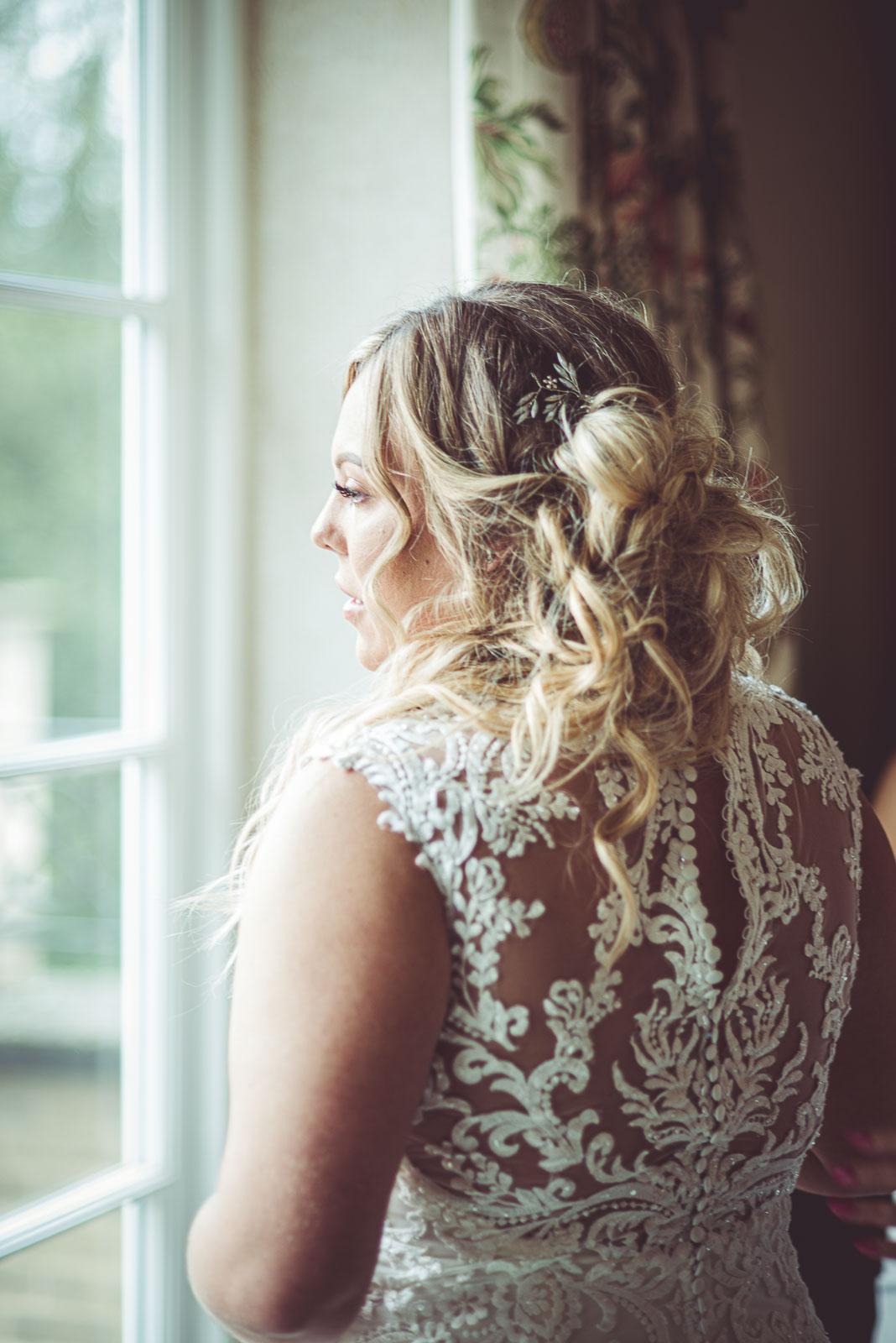 Lutonhoo-wedding-Bedfordshire-Datchworth-Tewinburyfarm-15.jpg