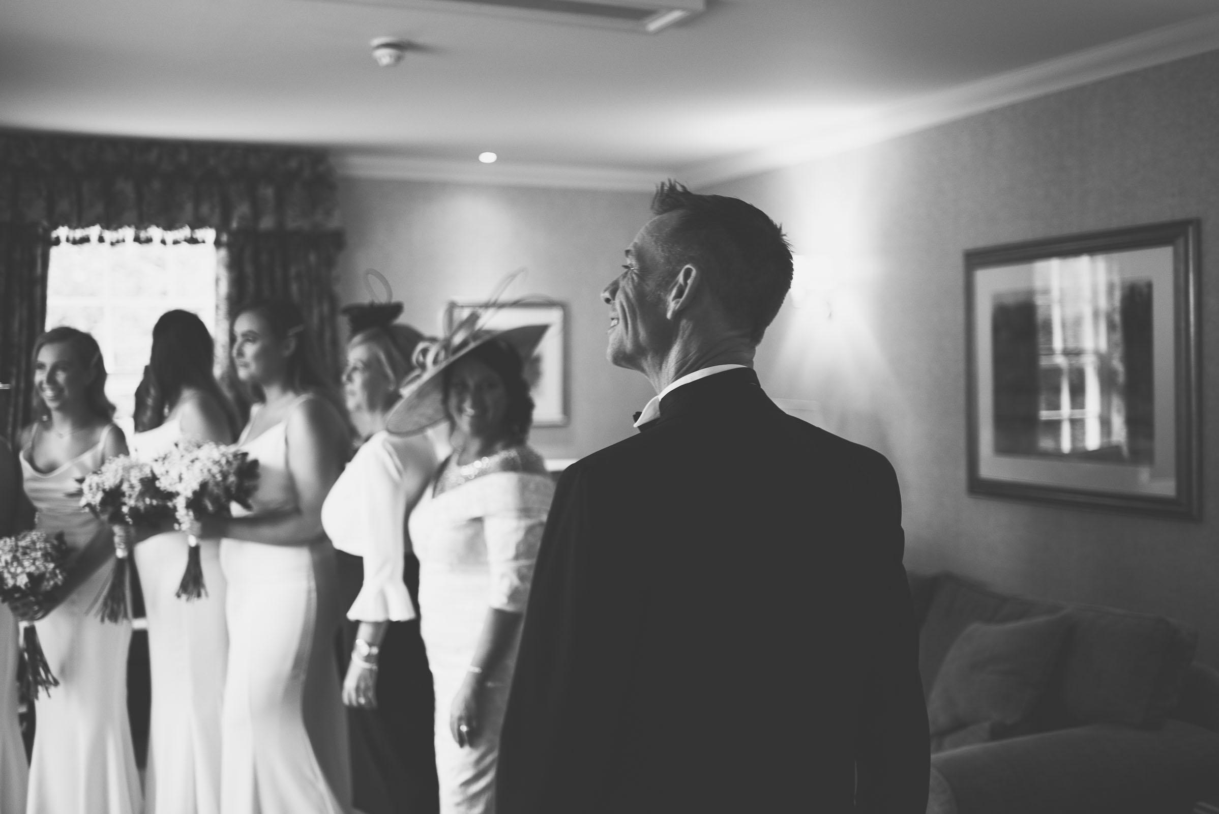 Lutonhoo-wedding-Bedfordshire-Datchworth-Tewinburyfarm-20.jpg
