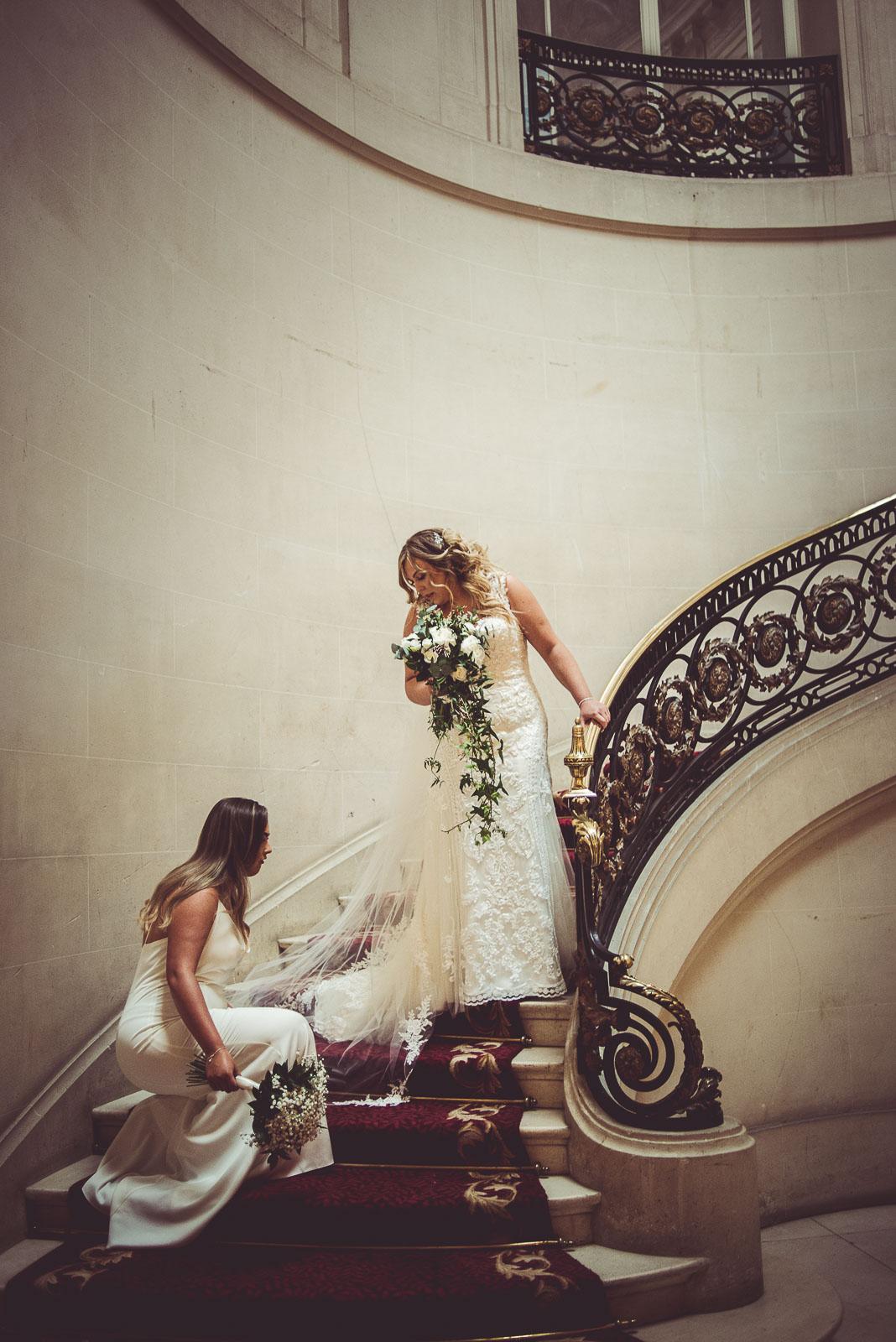 Lutonhoo-wedding-Bedfordshire-Datchworth-Tewinburyfarm-26.jpg