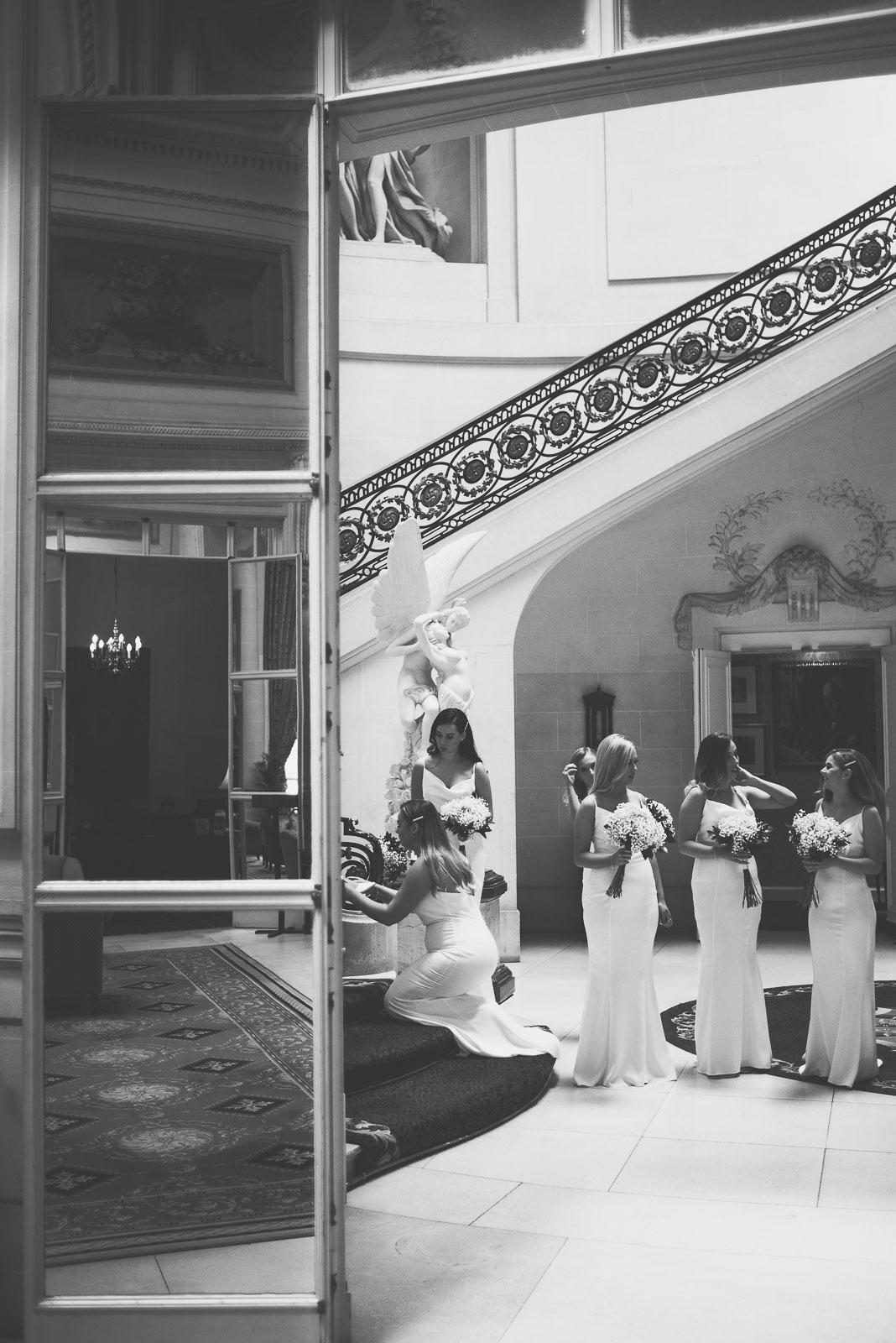 Lutonhoo-wedding-Bedfordshire-Datchworth-Tewinburyfarm-28.jpg