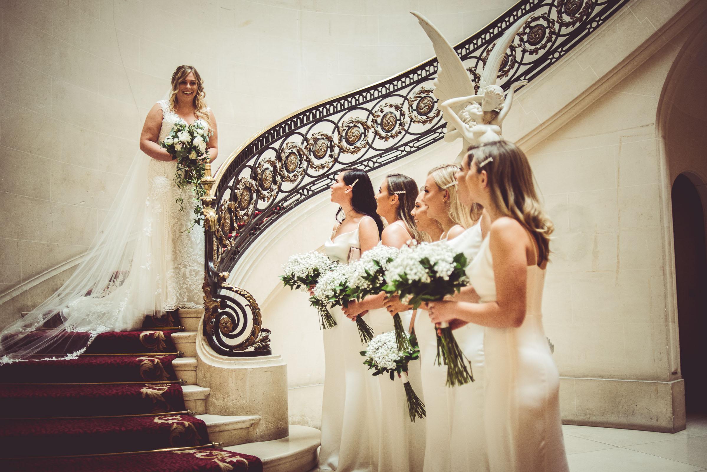 Lutonhoo-wedding-Bedfordshire-Datchworth-Tewinburyfarm-27.jpg