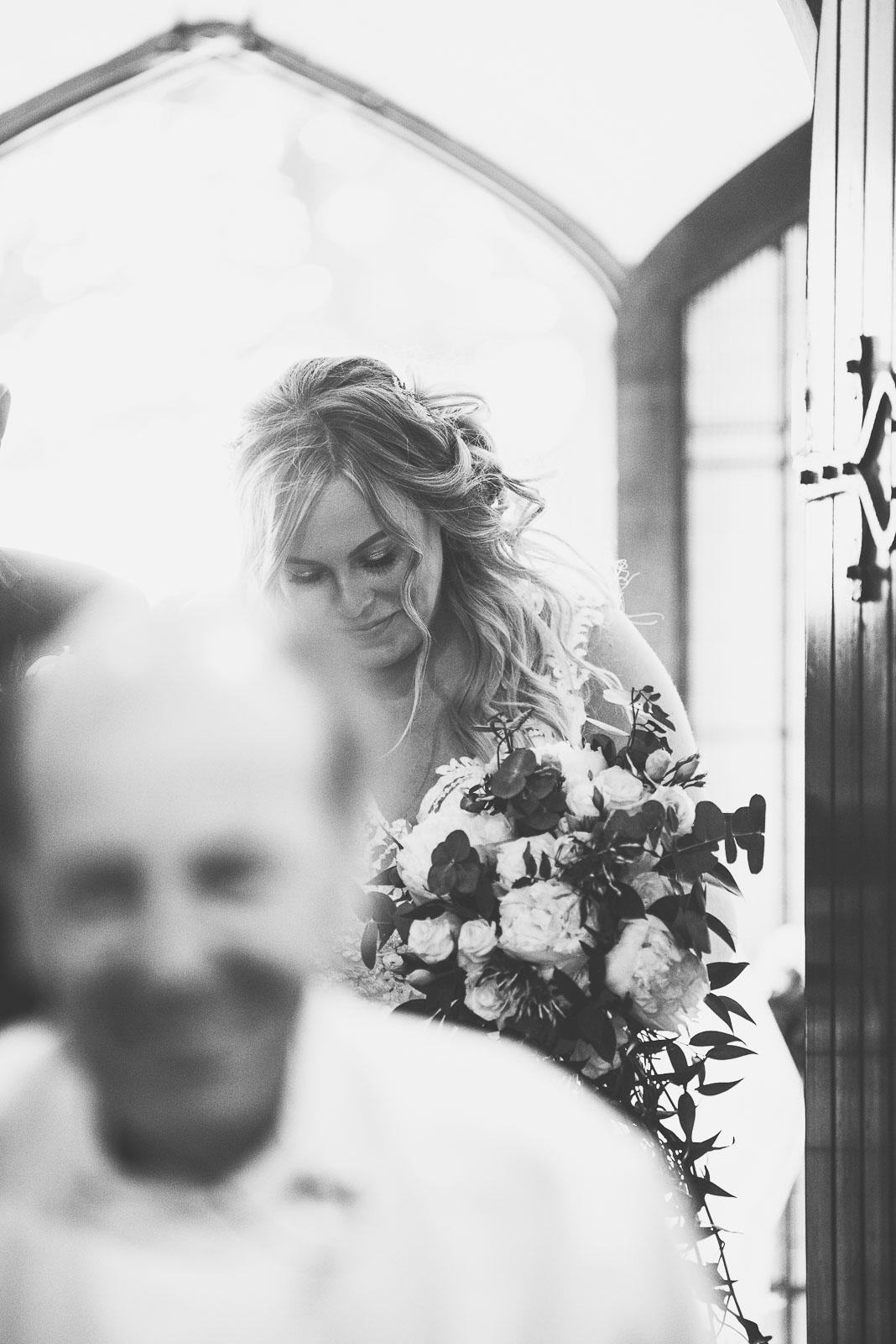 Lutonhoo-wedding-Bedfordshire-Datchworth-Tewinburyfarm-38.jpg