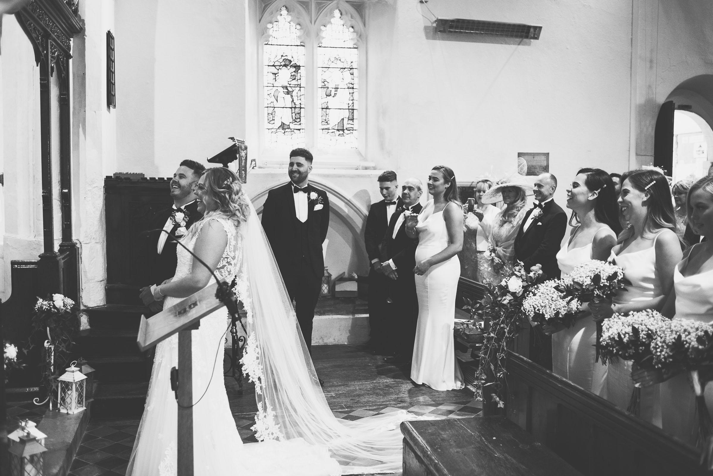 Lutonhoo-wedding-Bedfordshire-Datchworth-Tewinburyfarm-39.jpg