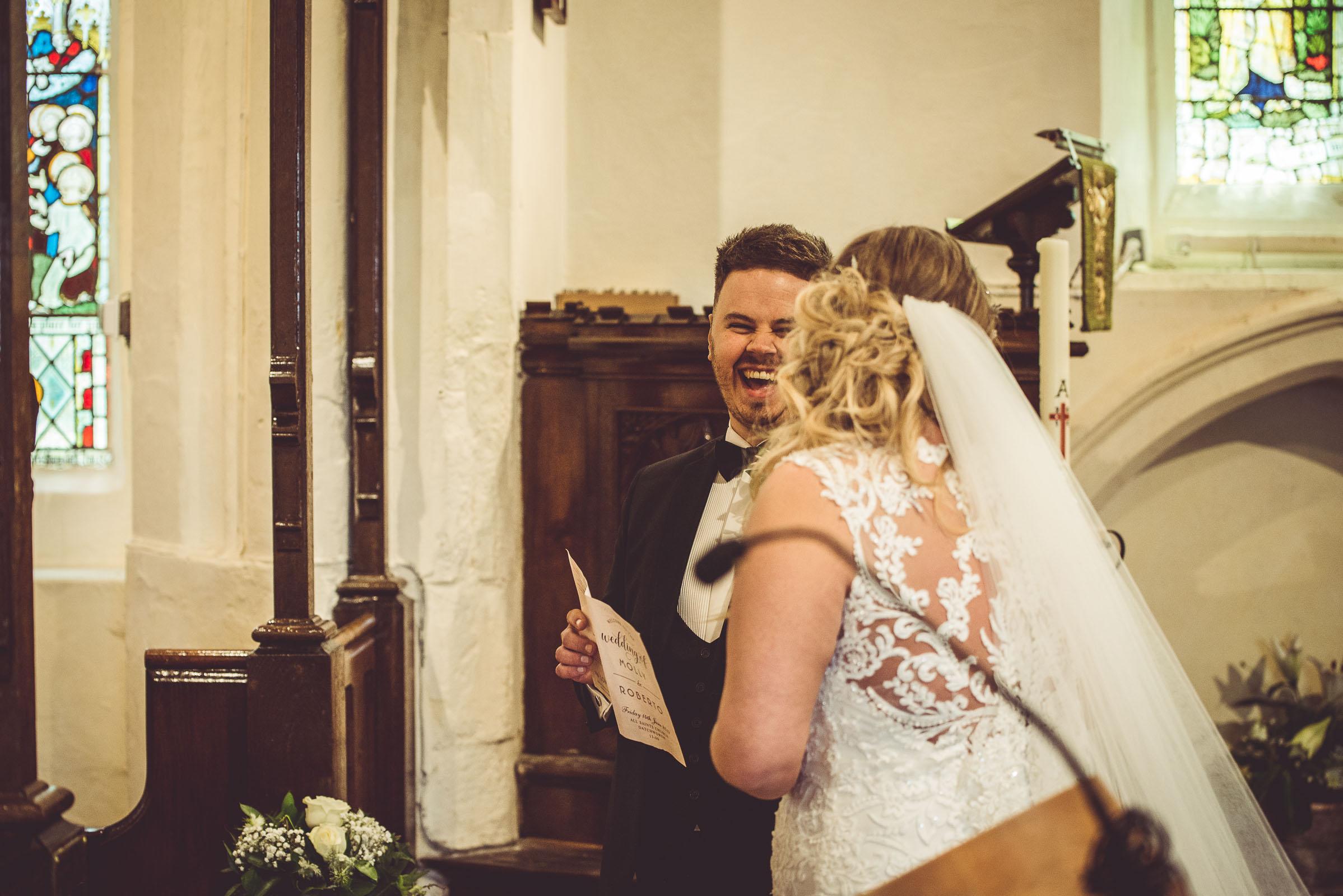 Lutonhoo-wedding-Bedfordshire-Datchworth-Tewinburyfarm-40.jpg