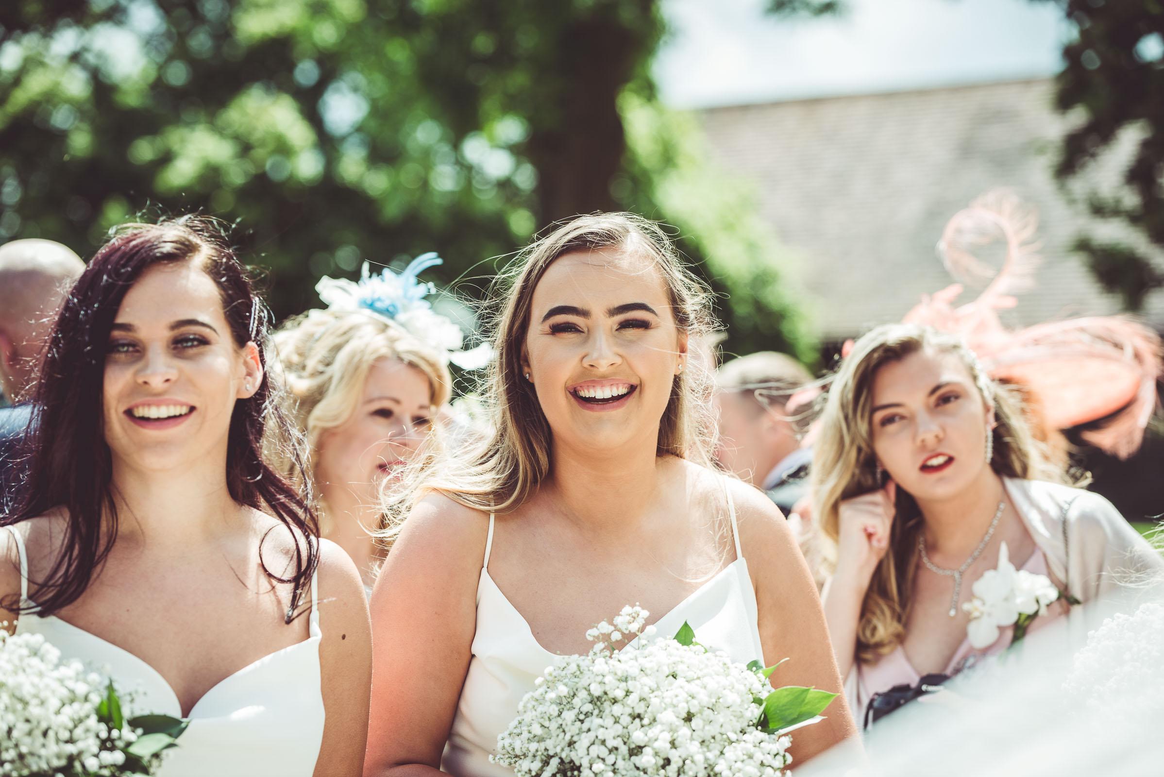 Lutonhoo-wedding-Bedfordshire-Datchworth-Tewinburyfarm-47.jpg