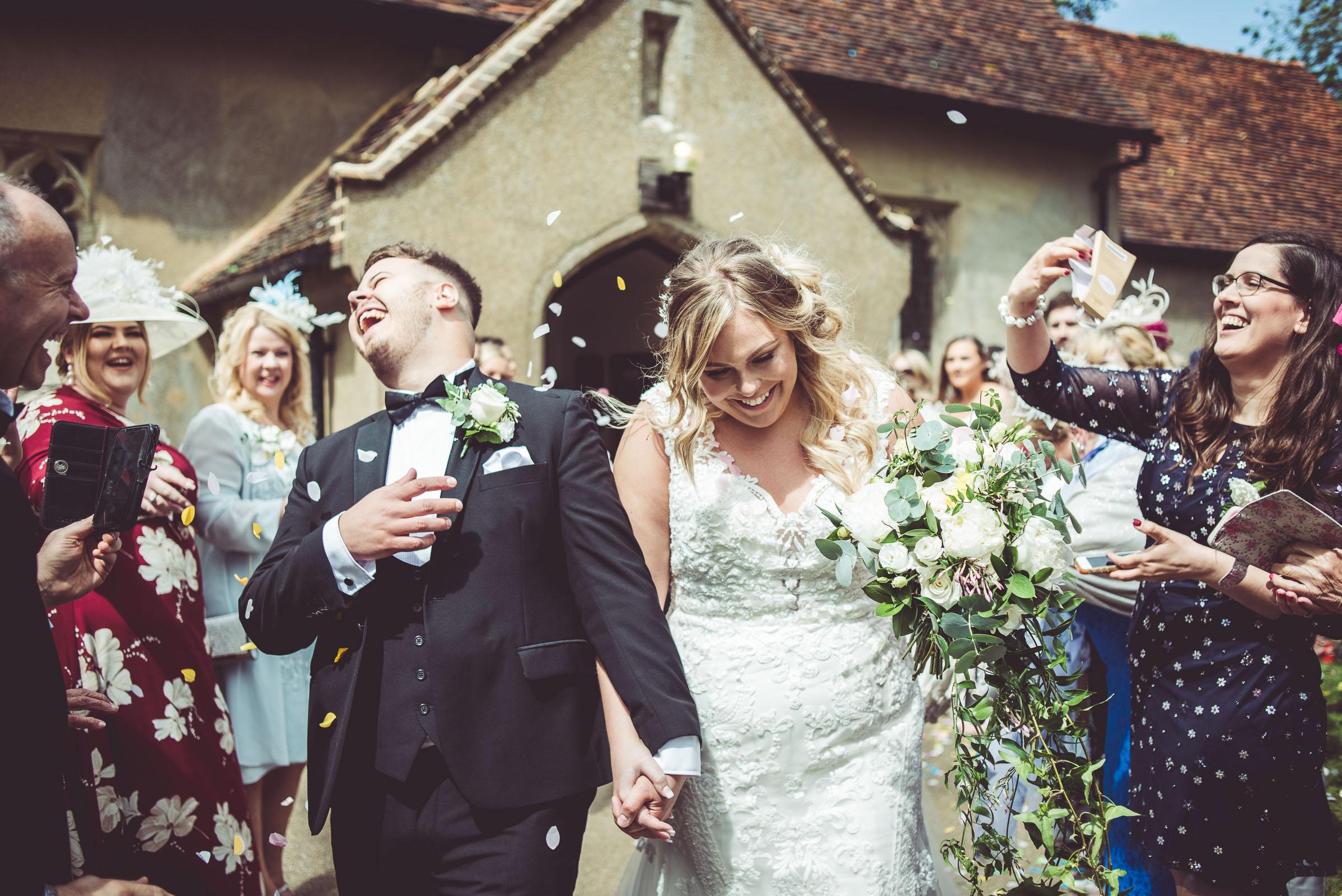 Lutonhoo-wedding-Bedfordshire-Datchworth-Tewinburyfarm-50.jpg