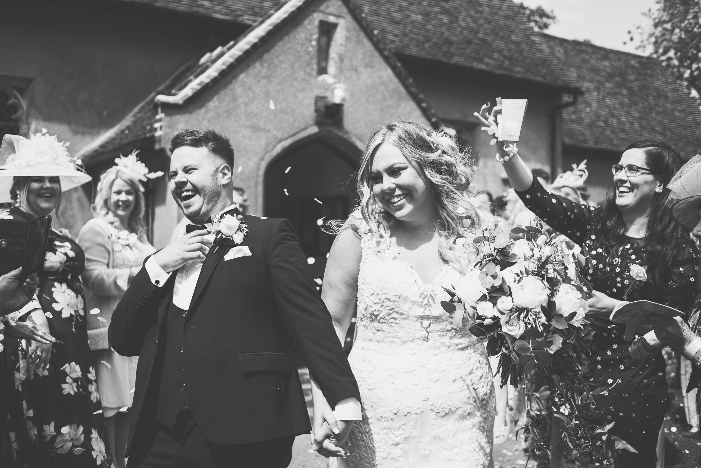 Lutonhoo-wedding-Bedfordshire-Datchworth-Tewinburyfarm-51.jpg