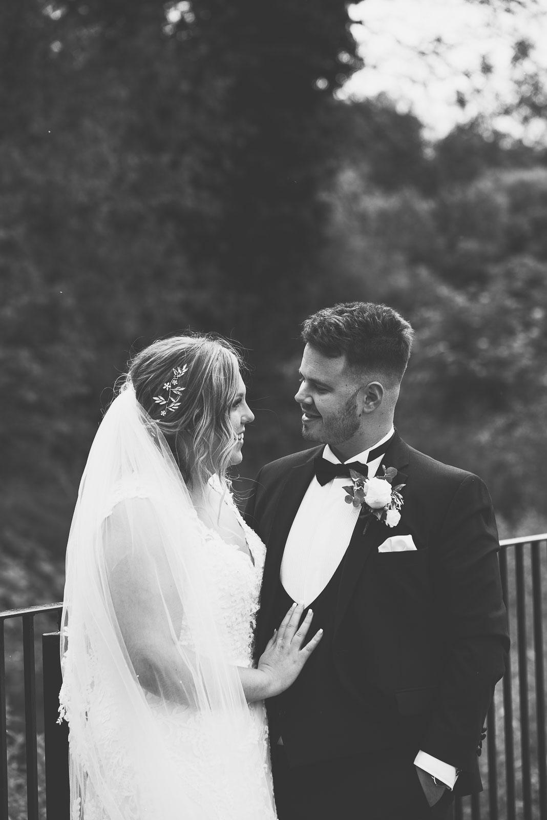Lutonhoo-wedding-Bedfordshire-Datchworth-Tewinburyfarm-57.jpg
