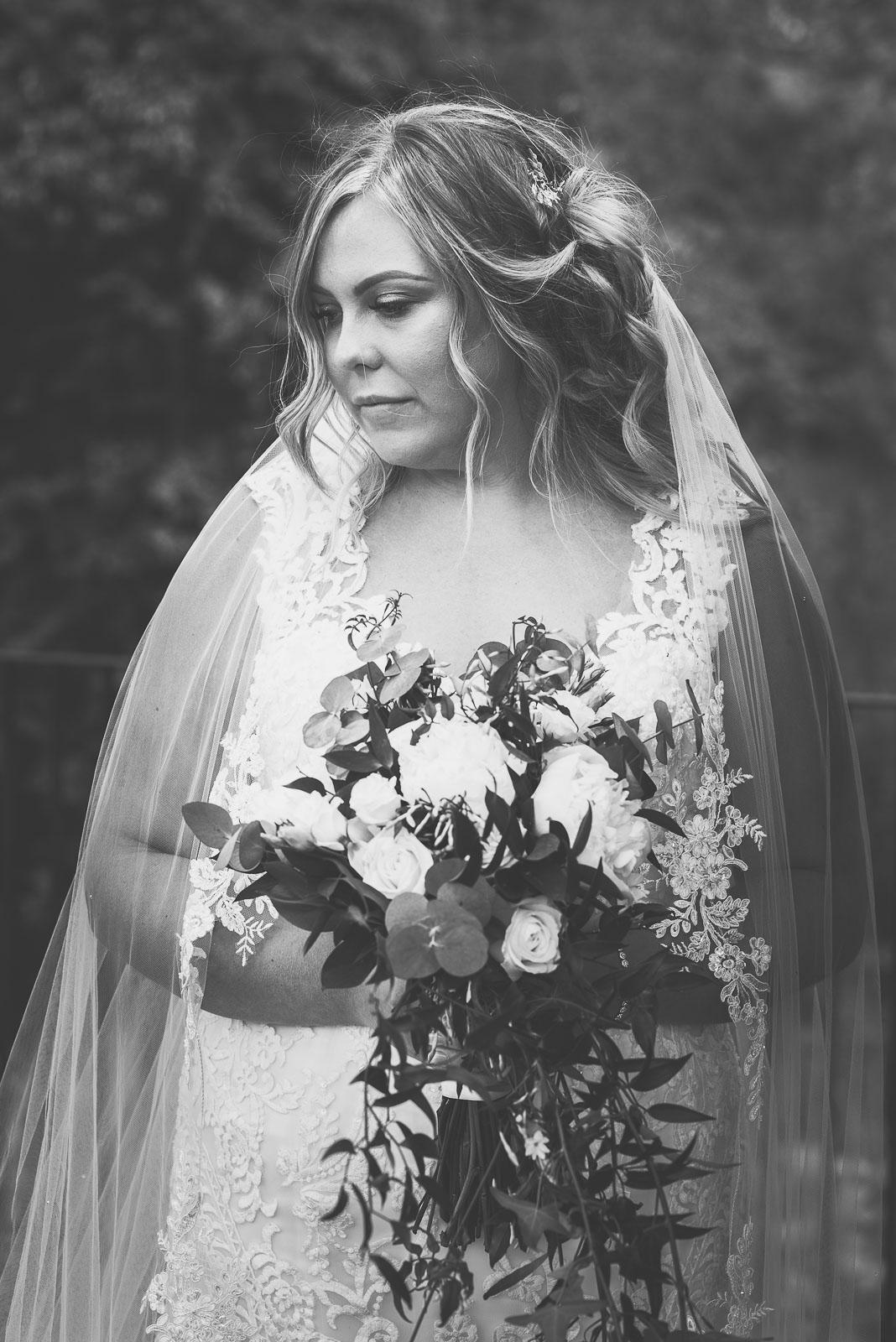 Lutonhoo-wedding-Bedfordshire-Datchworth-Tewinburyfarm-59.jpg