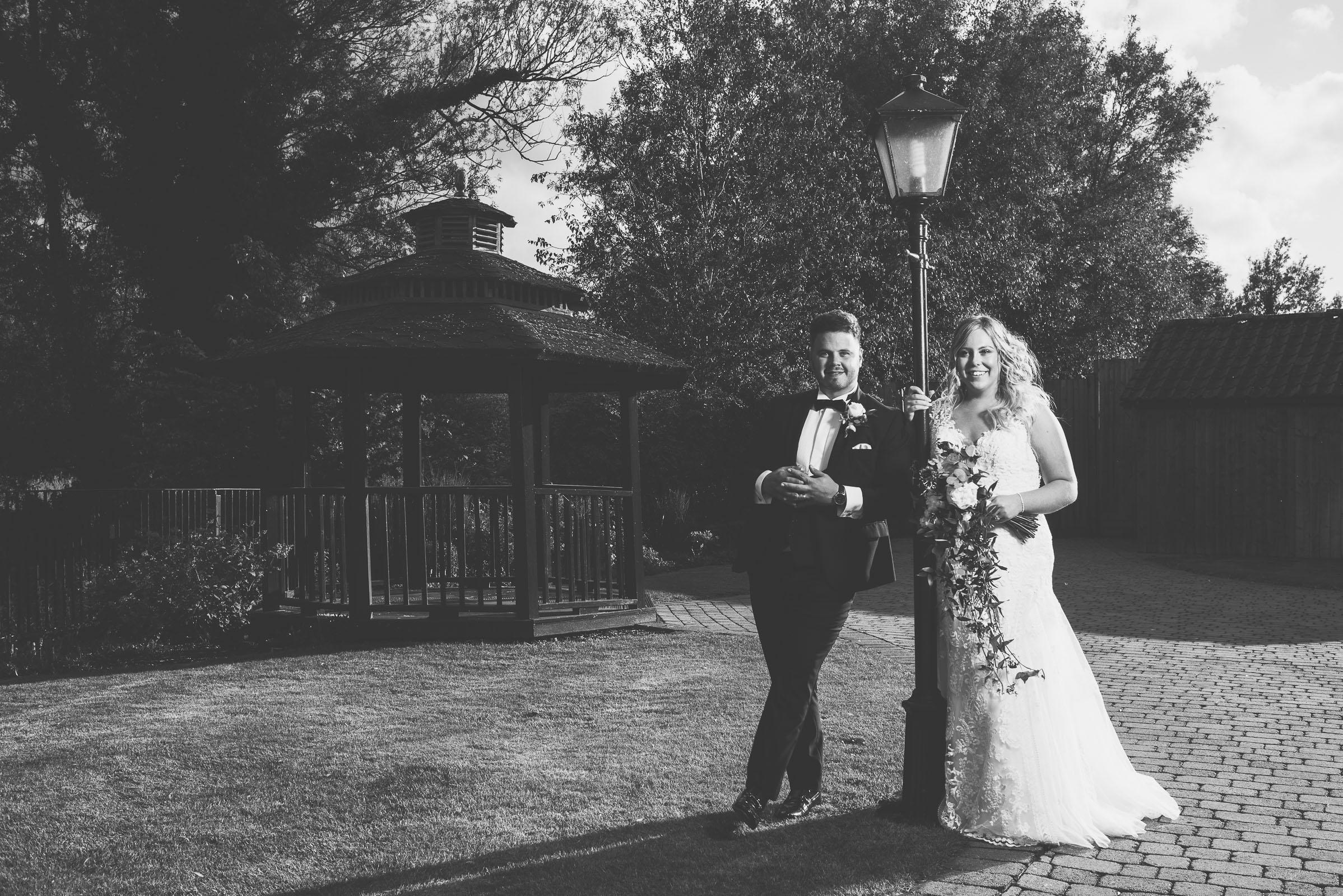 Lutonhoo-wedding-Bedfordshire-Datchworth-Tewinburyfarm-75.jpg