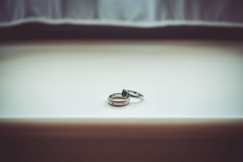 Infinity_Stone_Wedding_band_Karlin_Anderson