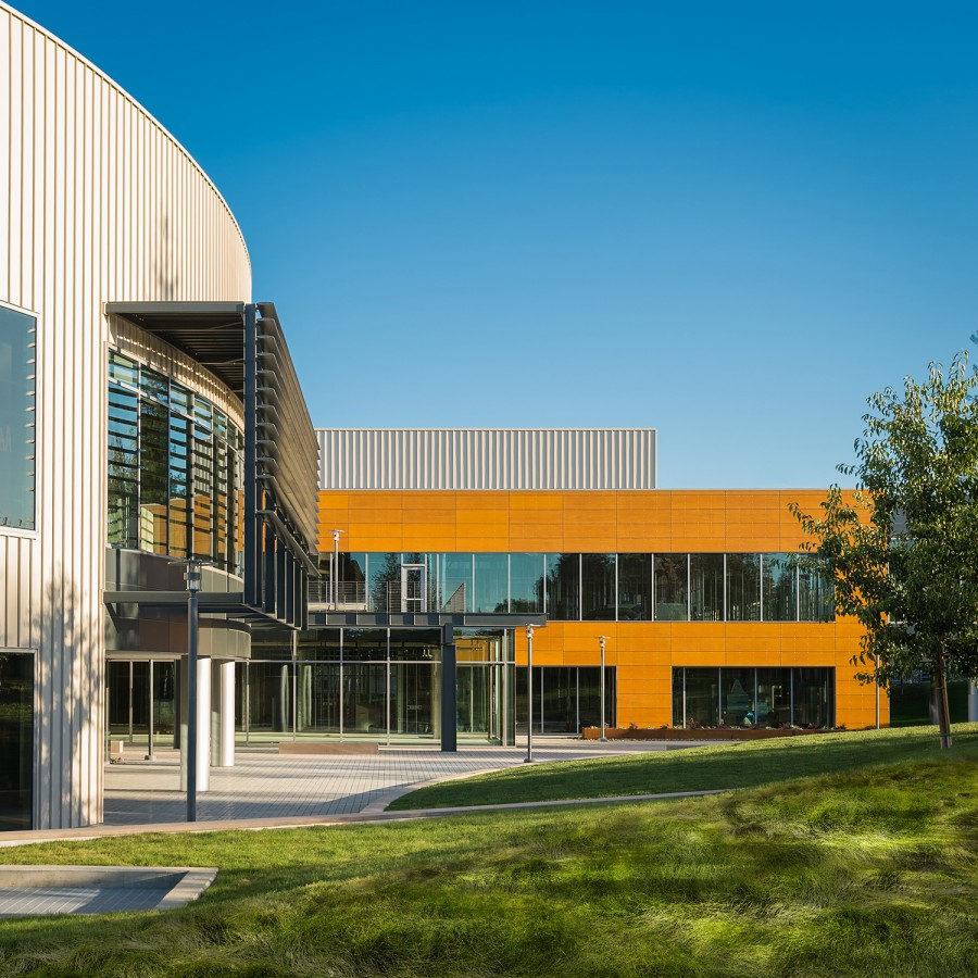 Stanford Research Park - Palo Alto, CA - ECOMAXci Wall Solution