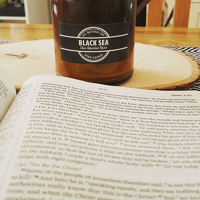 Vintage candle and a good read. #Twoheartedriver #soycandles #vintageline #candles #life #scent #clean #Blacksea