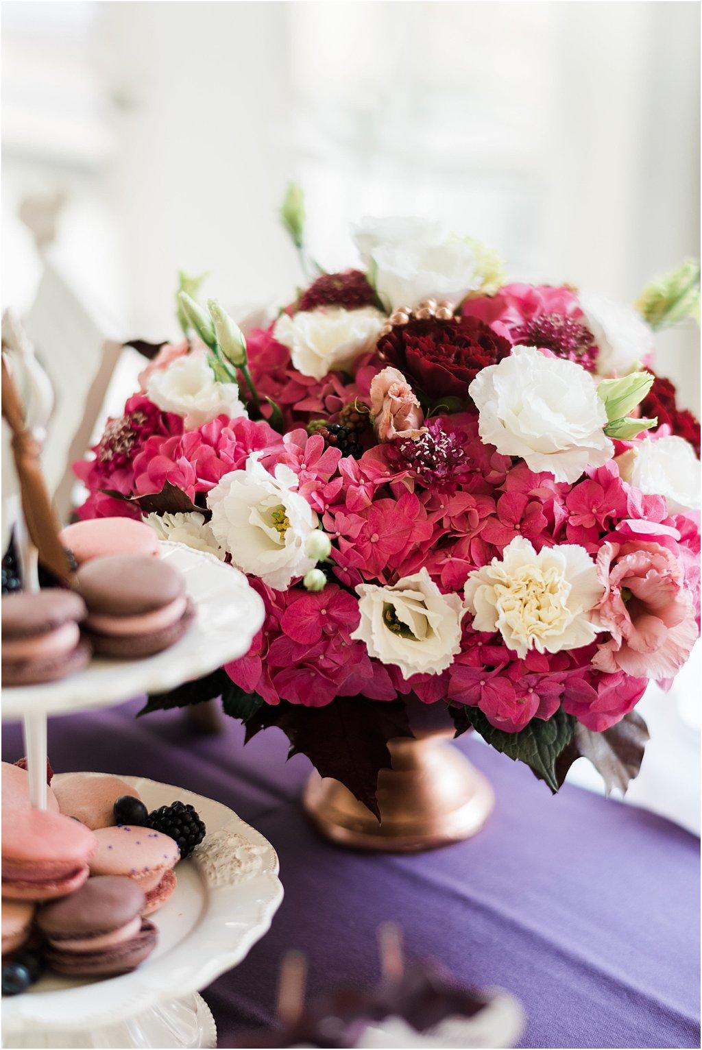 Blumen Beerentöne Hochzeit