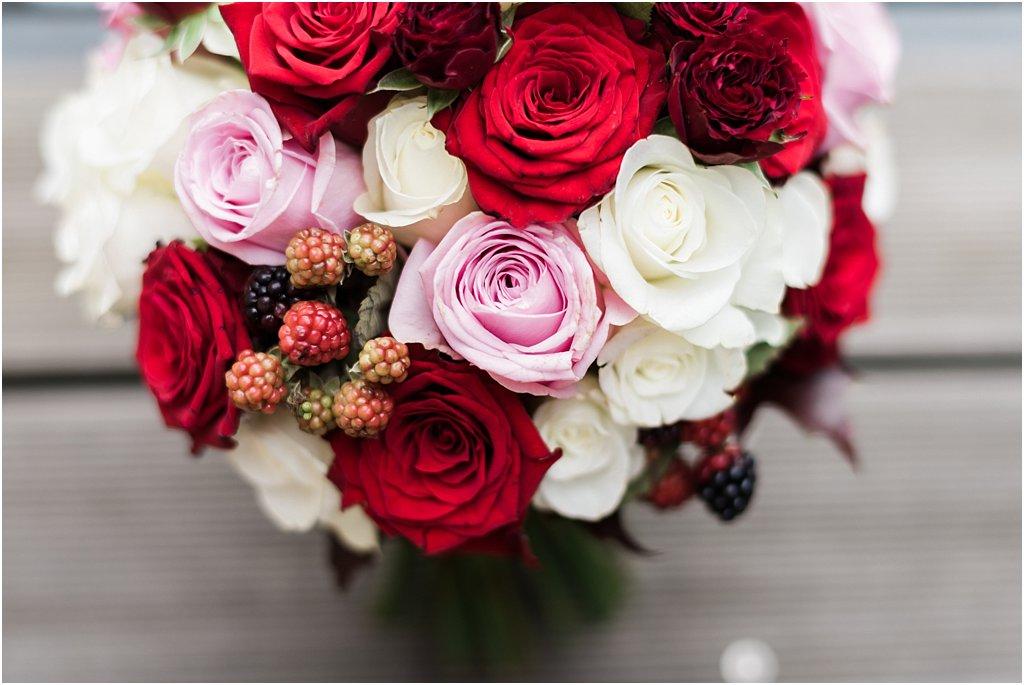 Brautstrauß mit Beeren