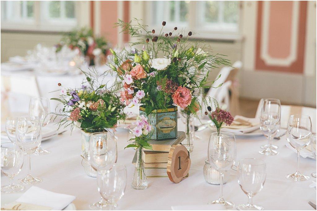 Tischdeko Wiesenblumen