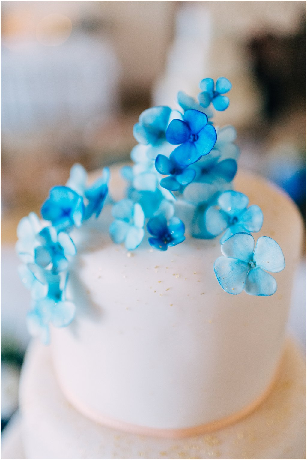 Hochzeitstorte blau-gold