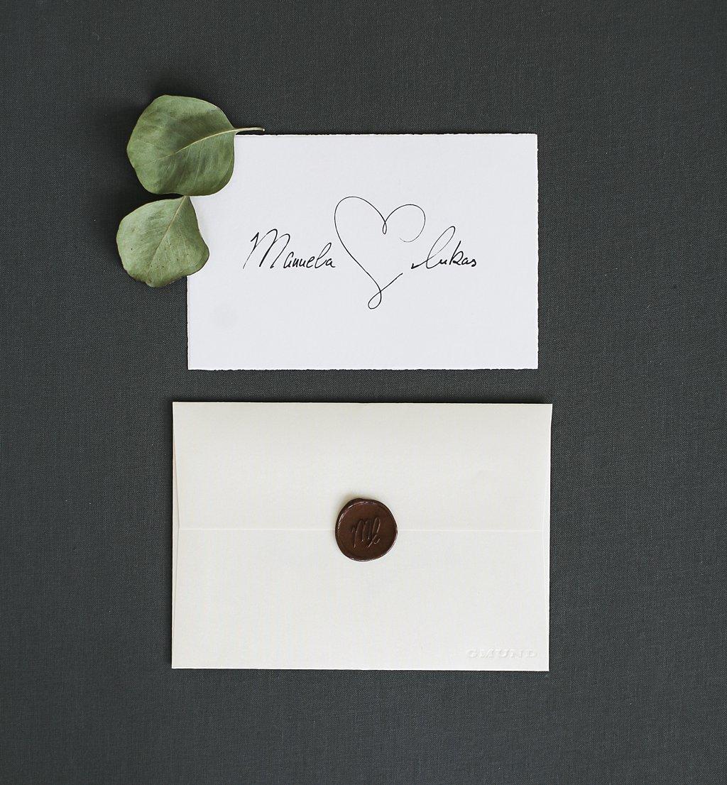 Vorderseite Save the Date Karte mit Briefumschlag
