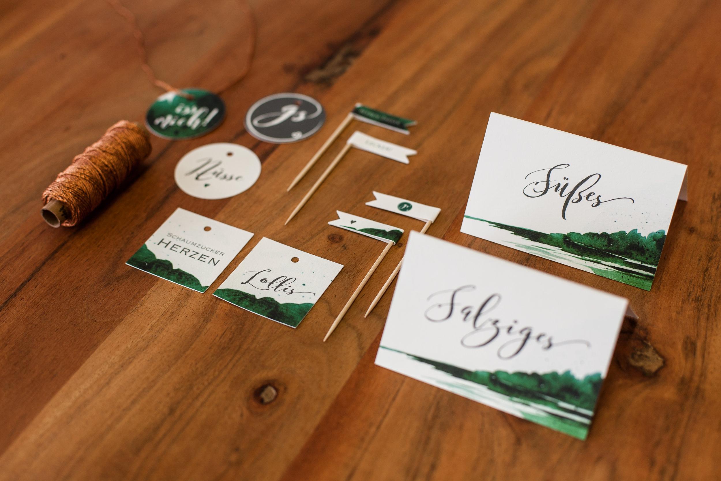 Candytable Papeterie: Anhänger, Fähnchen, Schilder und Kupferkordel