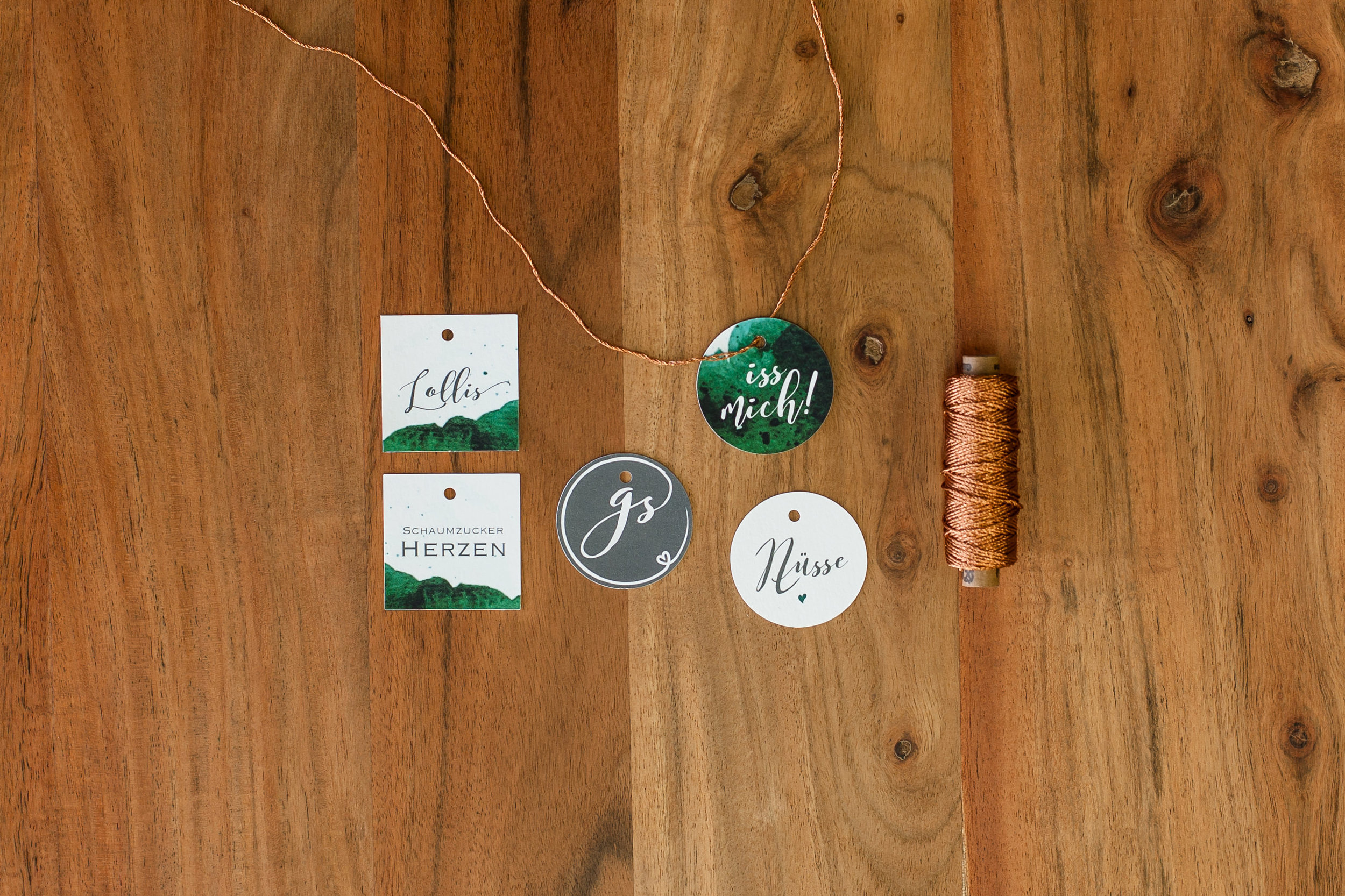 Candytable Papeterie: Anhänger mit Kupferkordel