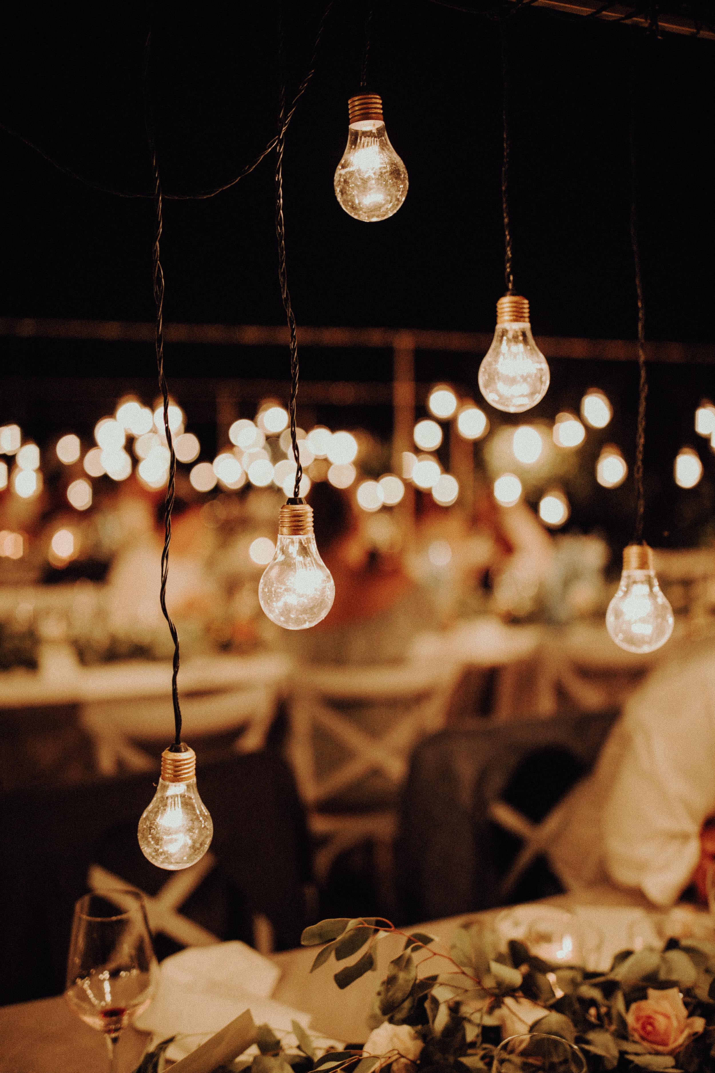 Tischdekoration Glühbirnen Italienhochzeit Bohostyle Industrial Design Eukalyptus Kalterer See