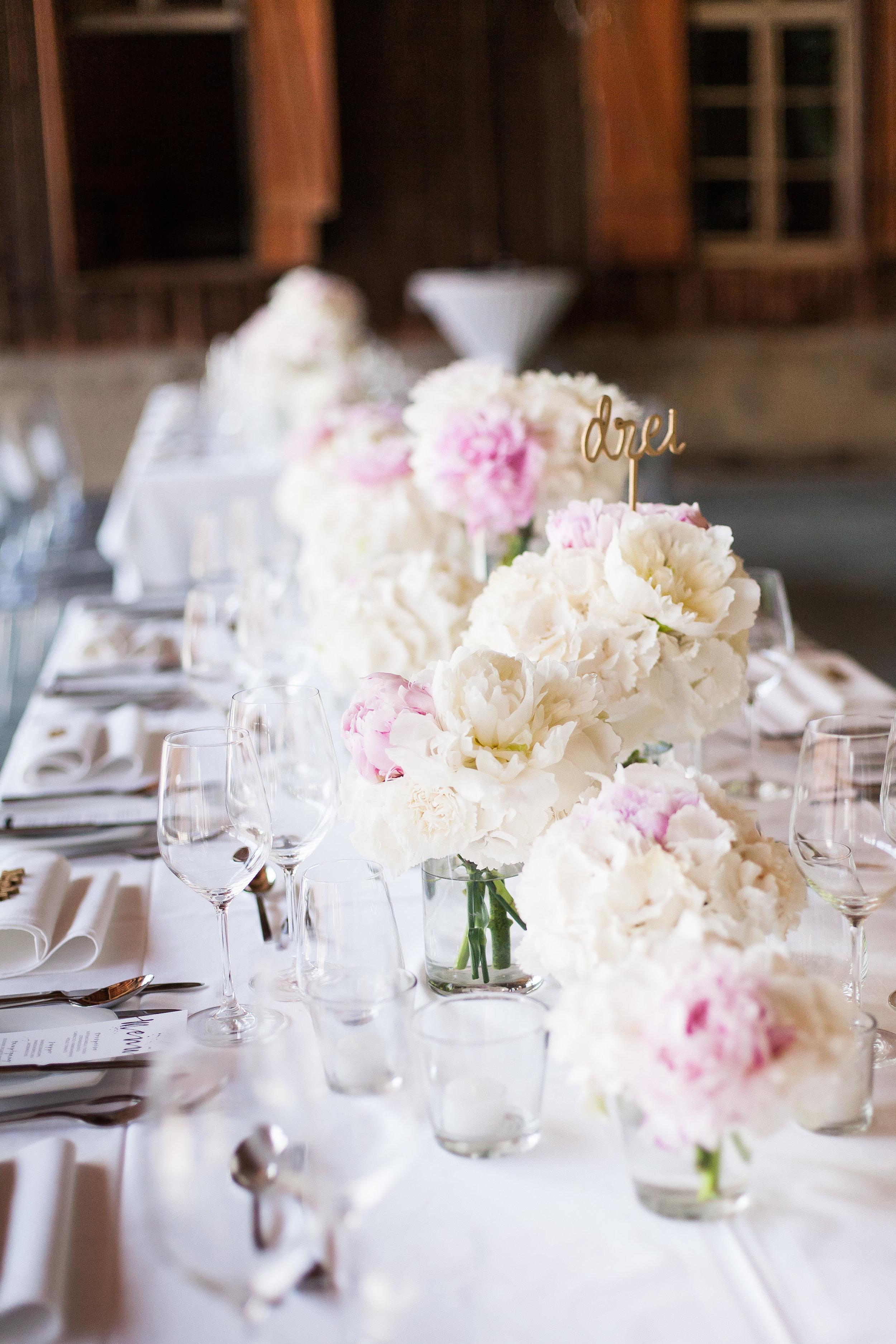 Tischfloristik Hochzeit weiß-rosa