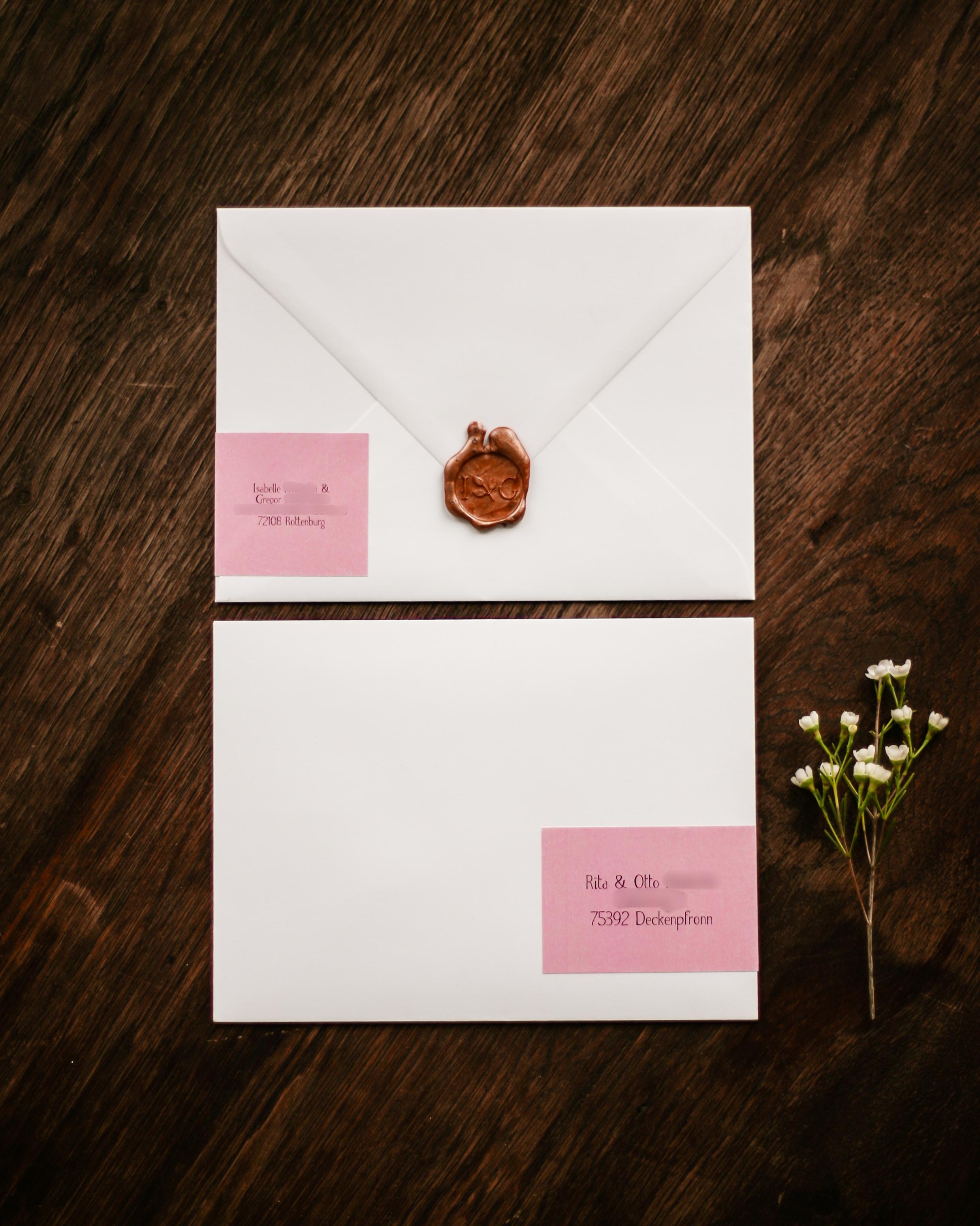Briefumschlag Einladung mit Siegelstempel Kupfer und Adressaufkleber, Vorder- und Rückseite