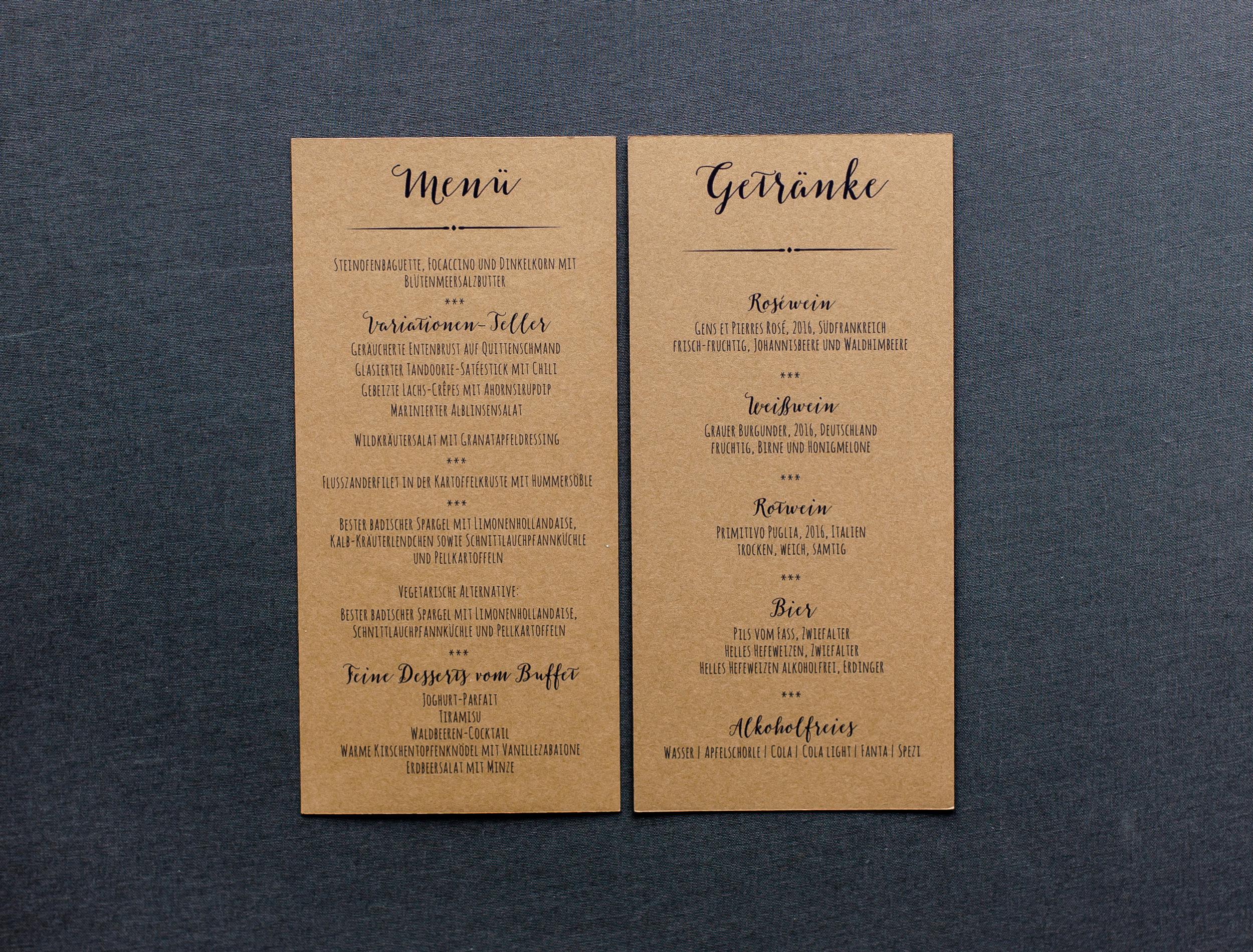 Menü- und Getränkekarte, Flachkarte, Vorder- und Rückseite