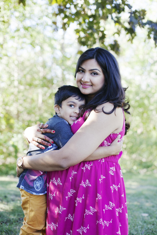 RosewoodWeddingPhotos-Maternity-ErindalePark-Mississauga-TorontoMaternityPhotographer-38Weeks-Pregnancy