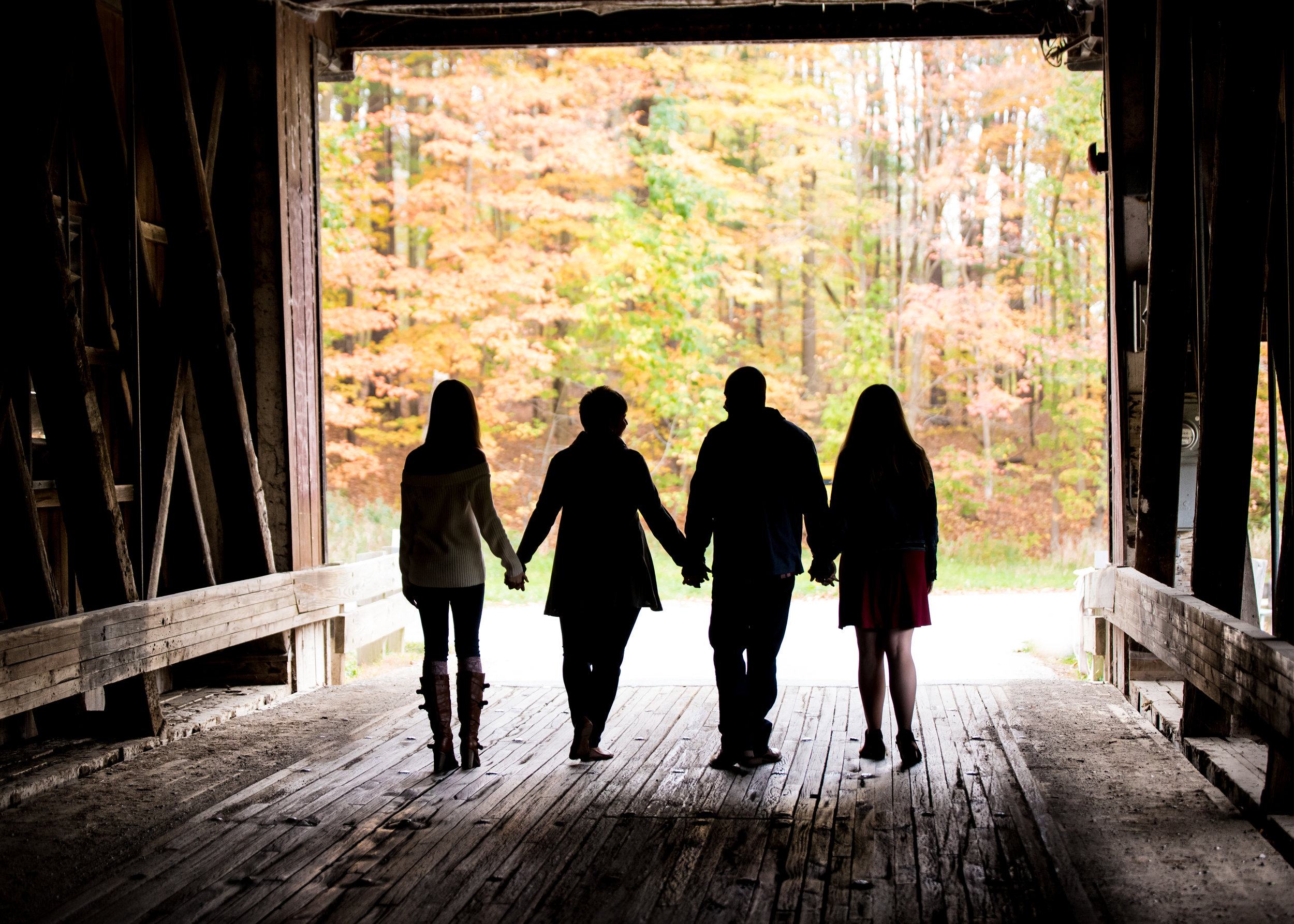 Harpersfield Covered bridge, Fall Family Photos, Fall Family Photography, Fall Family Photographer