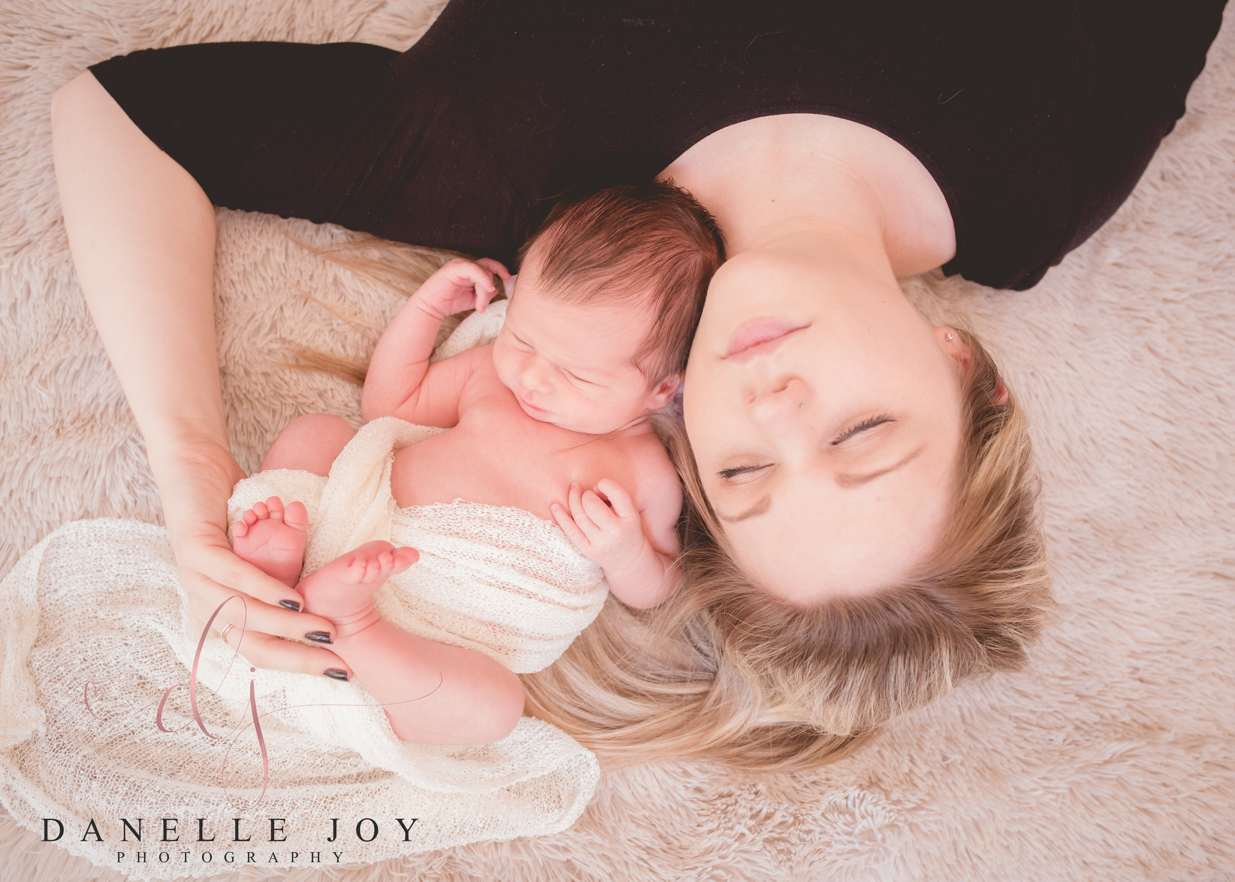 Newborn Photography, Newborn Photographers, Newborn, Newborns near me, Family Photography