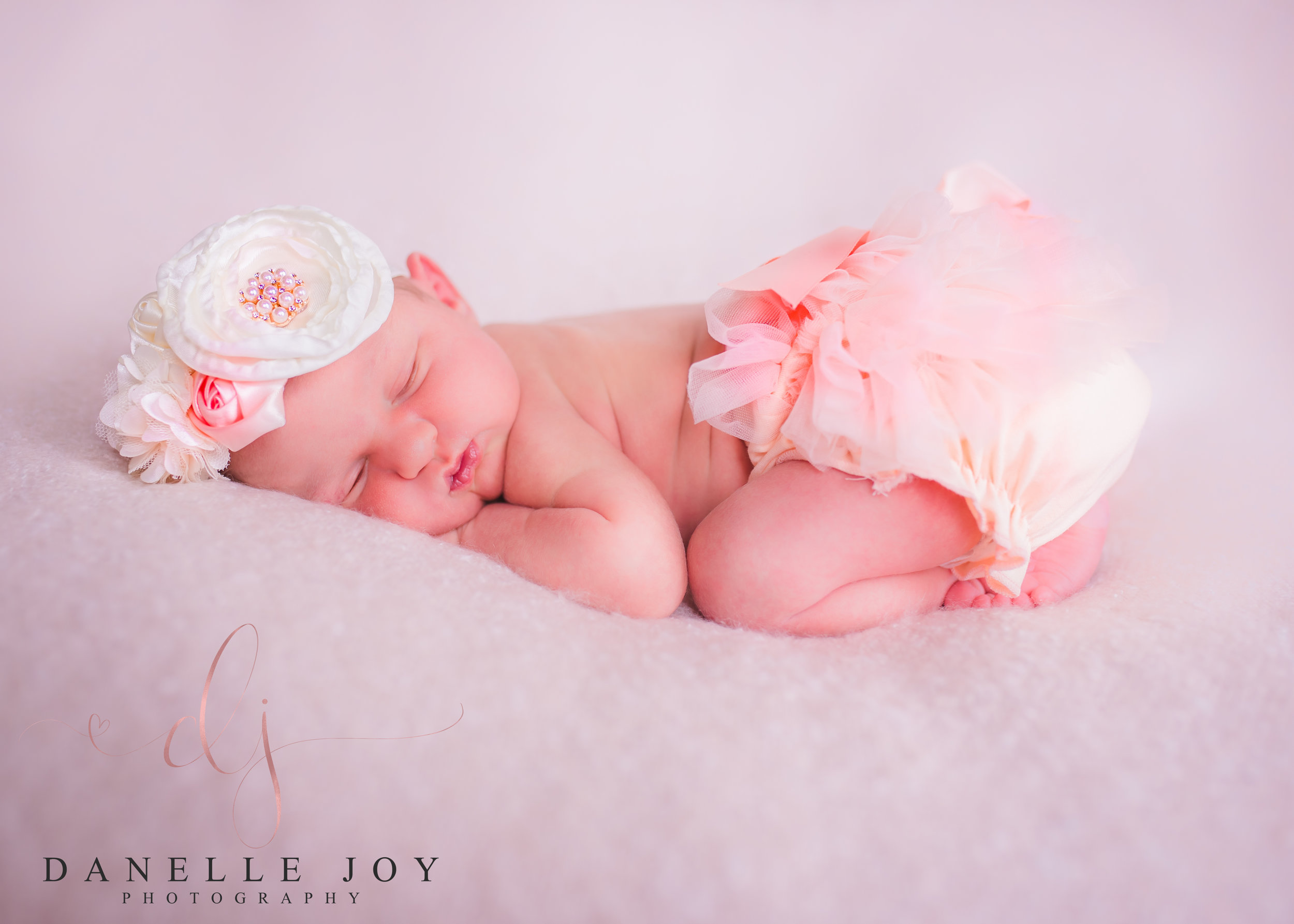 Newborn photography, newborn photographer, newborn, mentor ohio newborn photography