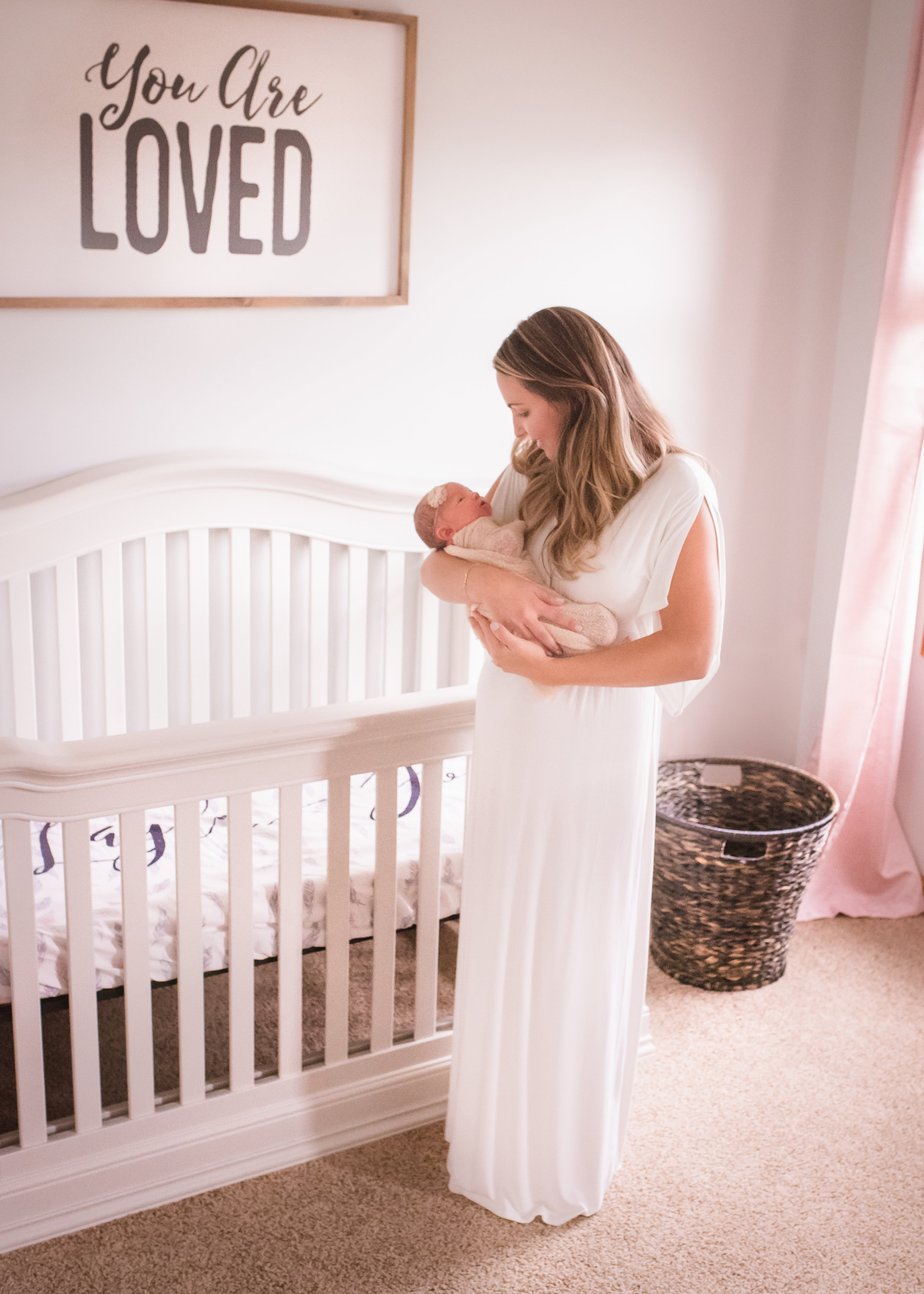 newborn photography, lifestyle photography, newborns, photographers near me