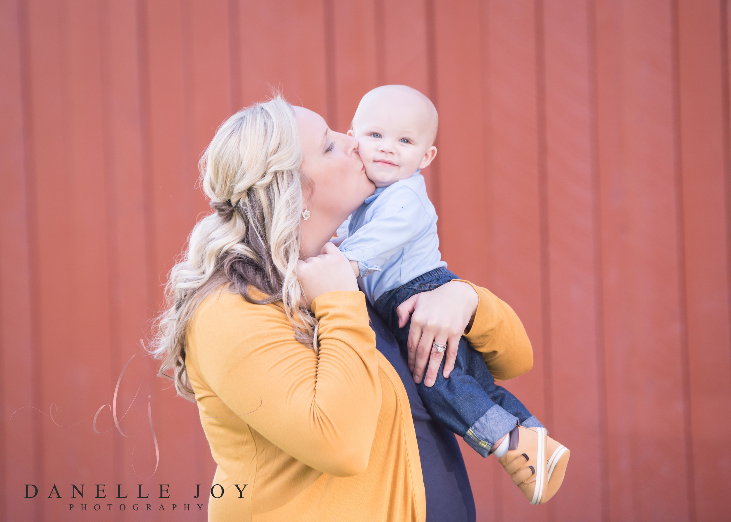 Mentor, Ohio First birthday Session, Cleveland, Ohio Photographer