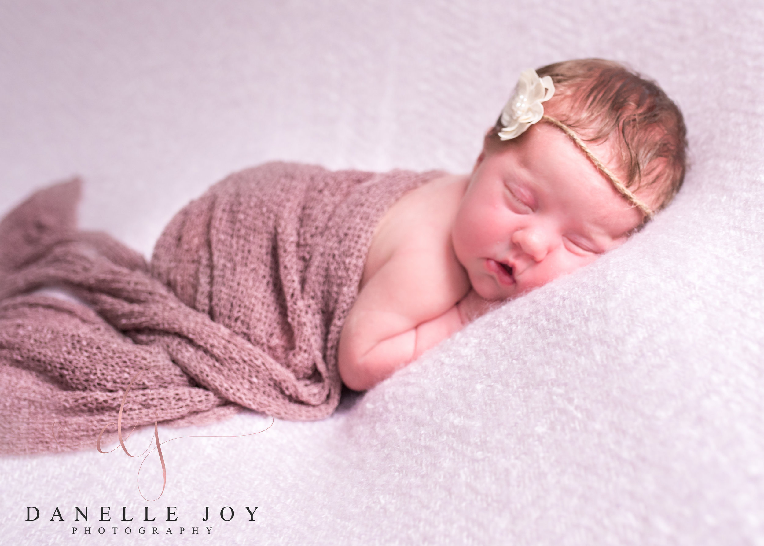 Cleveland Newborn Photographer, Newborn Photography, Mentor Ohio Photographer