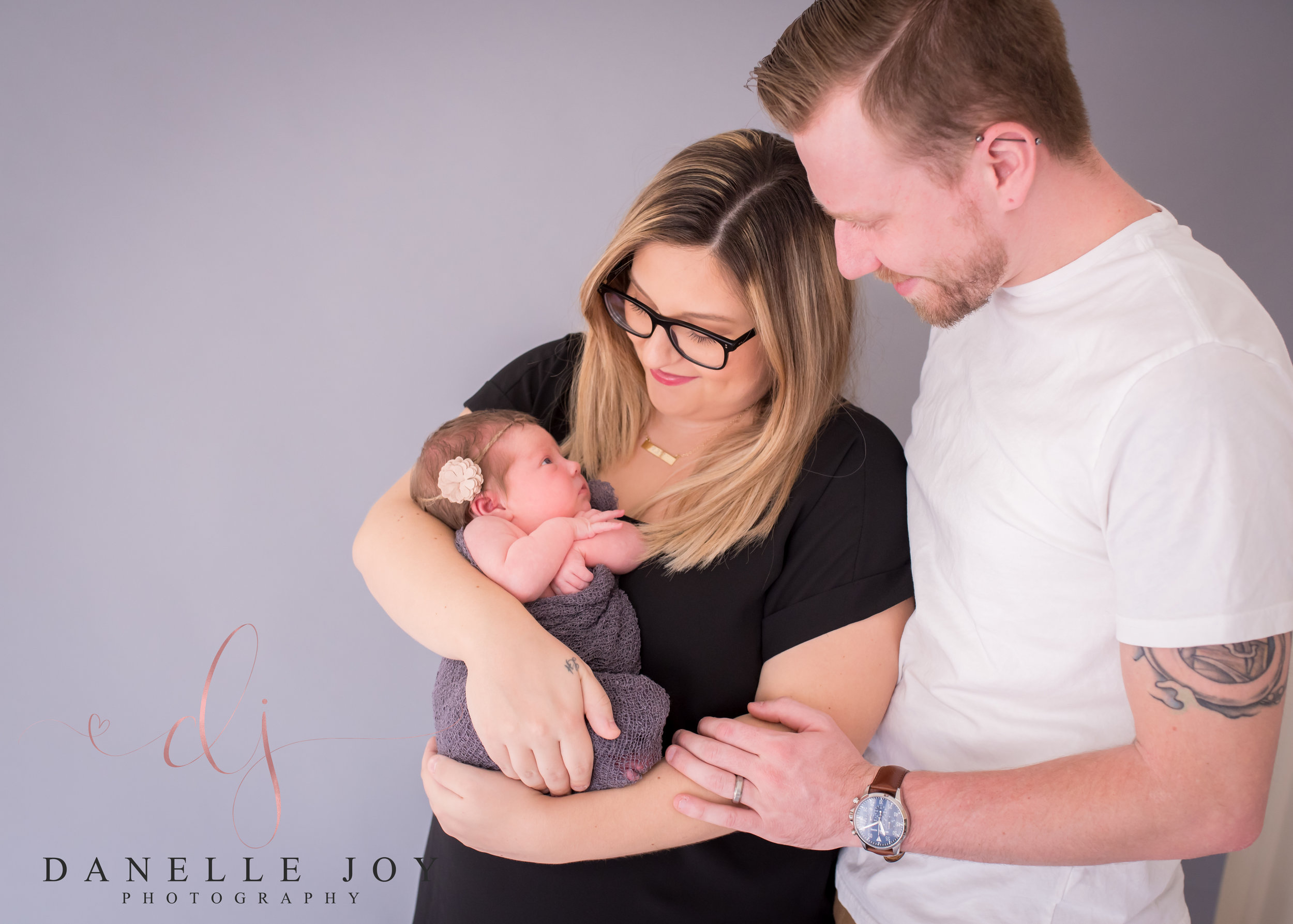 Cleveland Newborn Photographer, Family Photographer, Newborn Photography