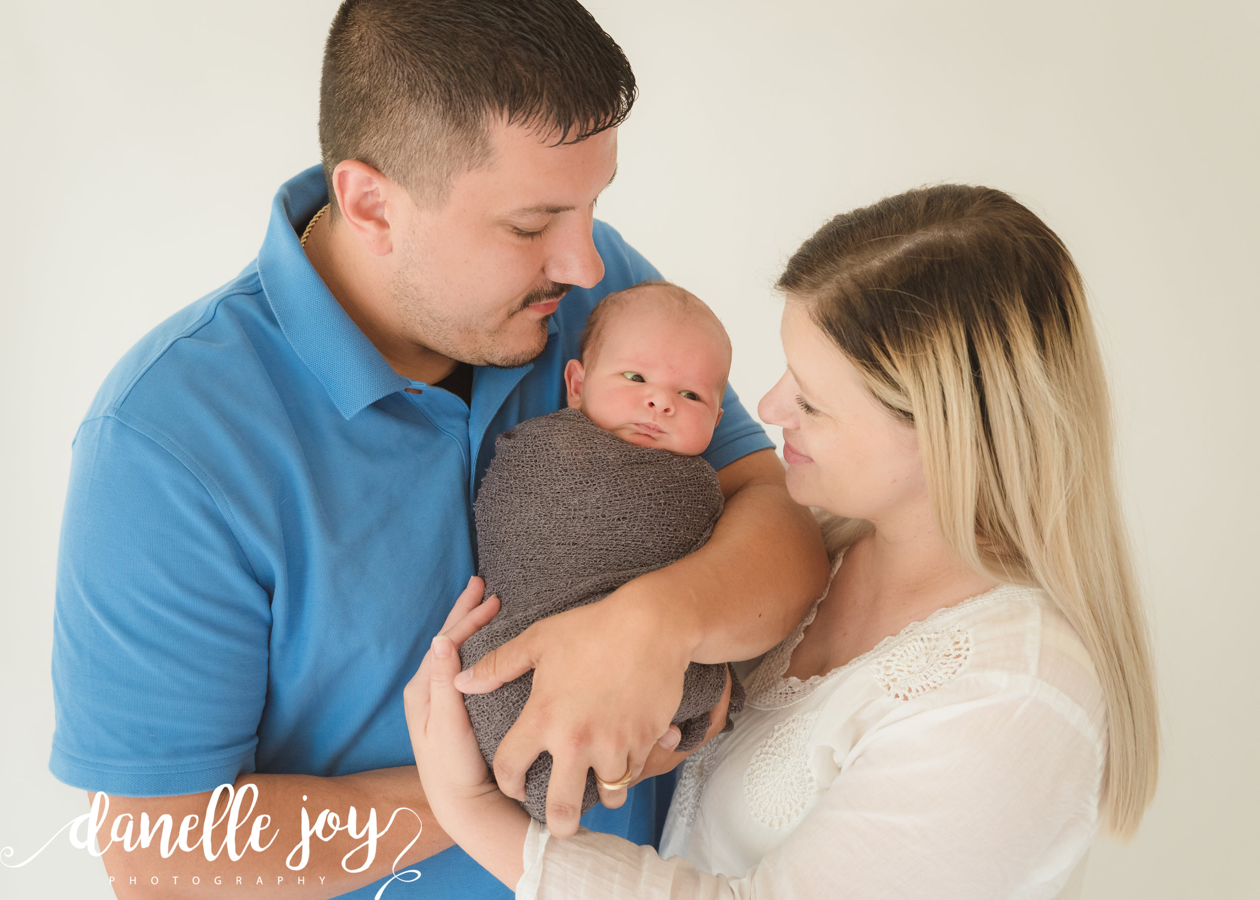 Cleveland newborn photograper, mentor ohio photographer