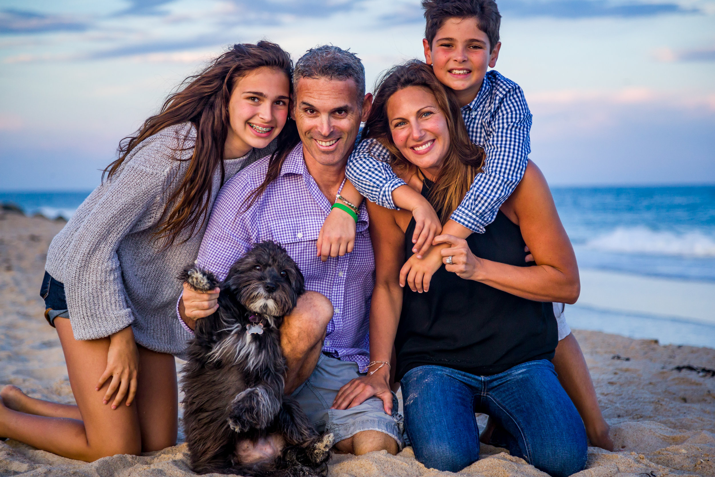 """Summer Family Photos Package    The Hamptons area is full of beautiful beaches to capture those perfect summer photos of your kids, the entire family, and even your pets. Matthew will accompany you and your family to the beach and help to plan and execute a shoot that takes advantage of what photographers refer to as the """"Golden Hour""""!"""
